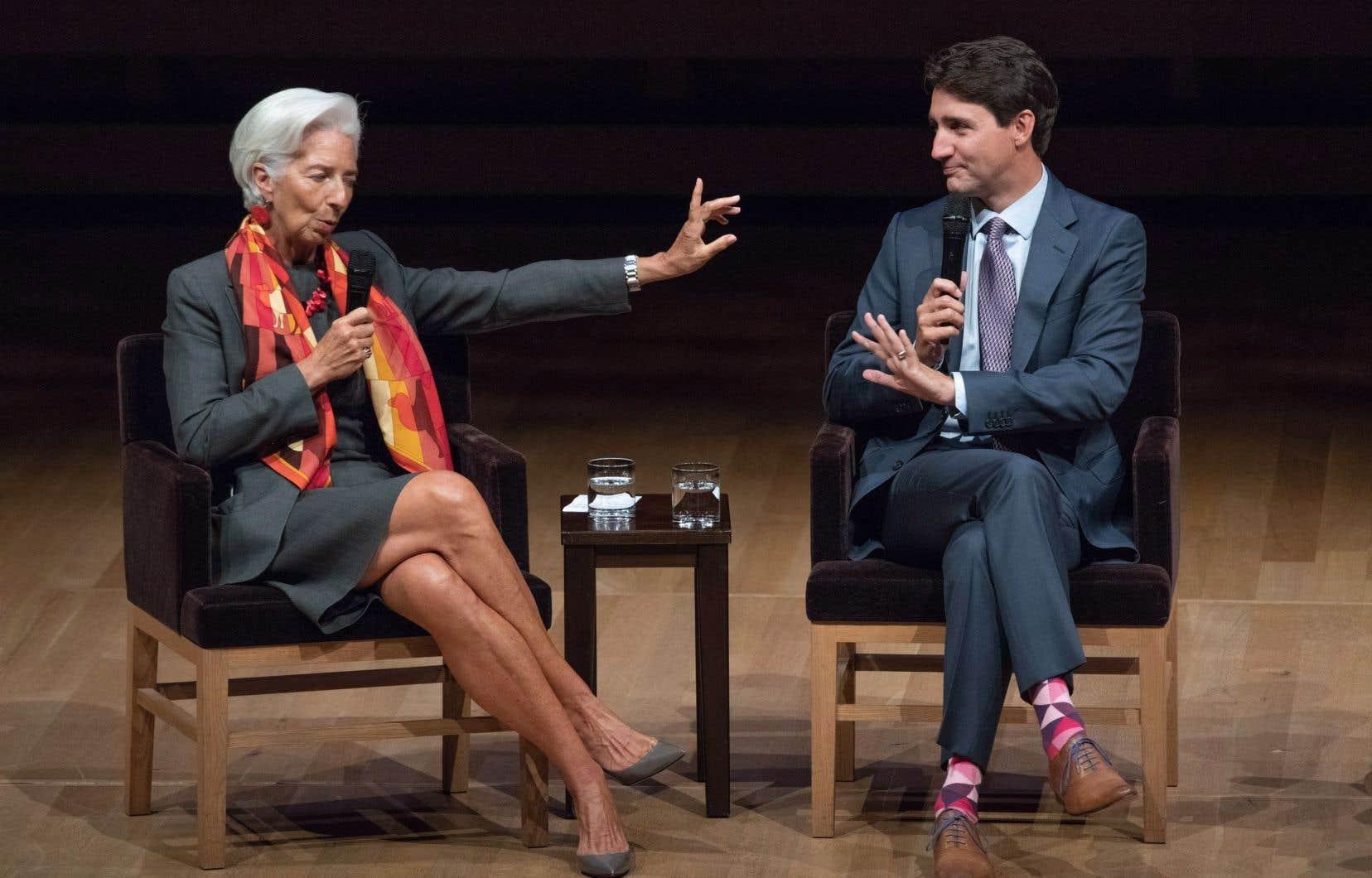 Le premier ministre Justin Trudeau participe à une discussion informelle avec Christine Lagarde, directrice générale du Fonds monétaire international, animée par la journaliste Katie Couric, lors du sommet Women in the World à Toronto, le lundi 10 septembre 2018.