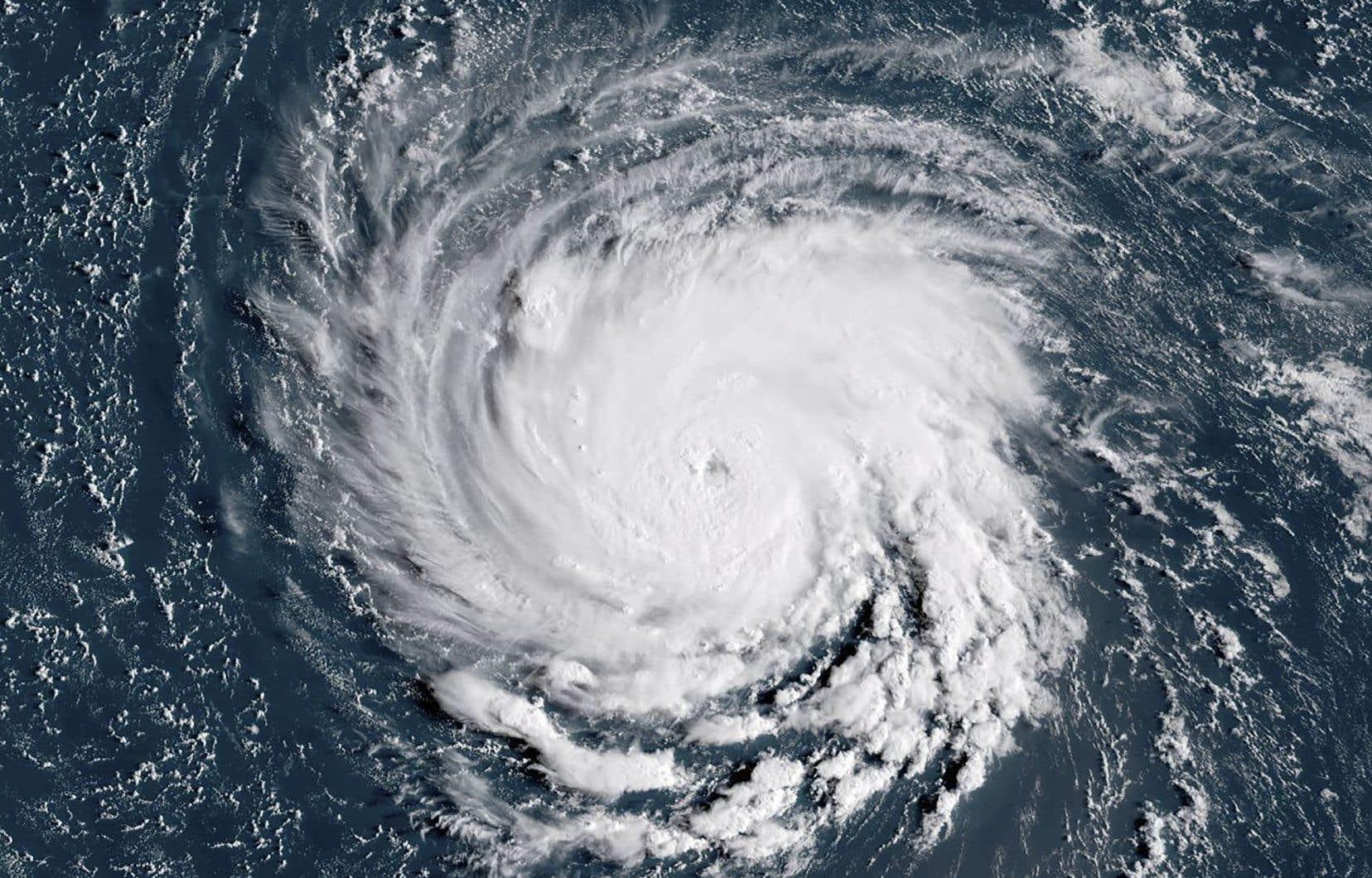 «Florence» pourrait devenir un des ouragans les plus catastrophiques à matraquer la côte est américaine depuis plusieurs décennies.