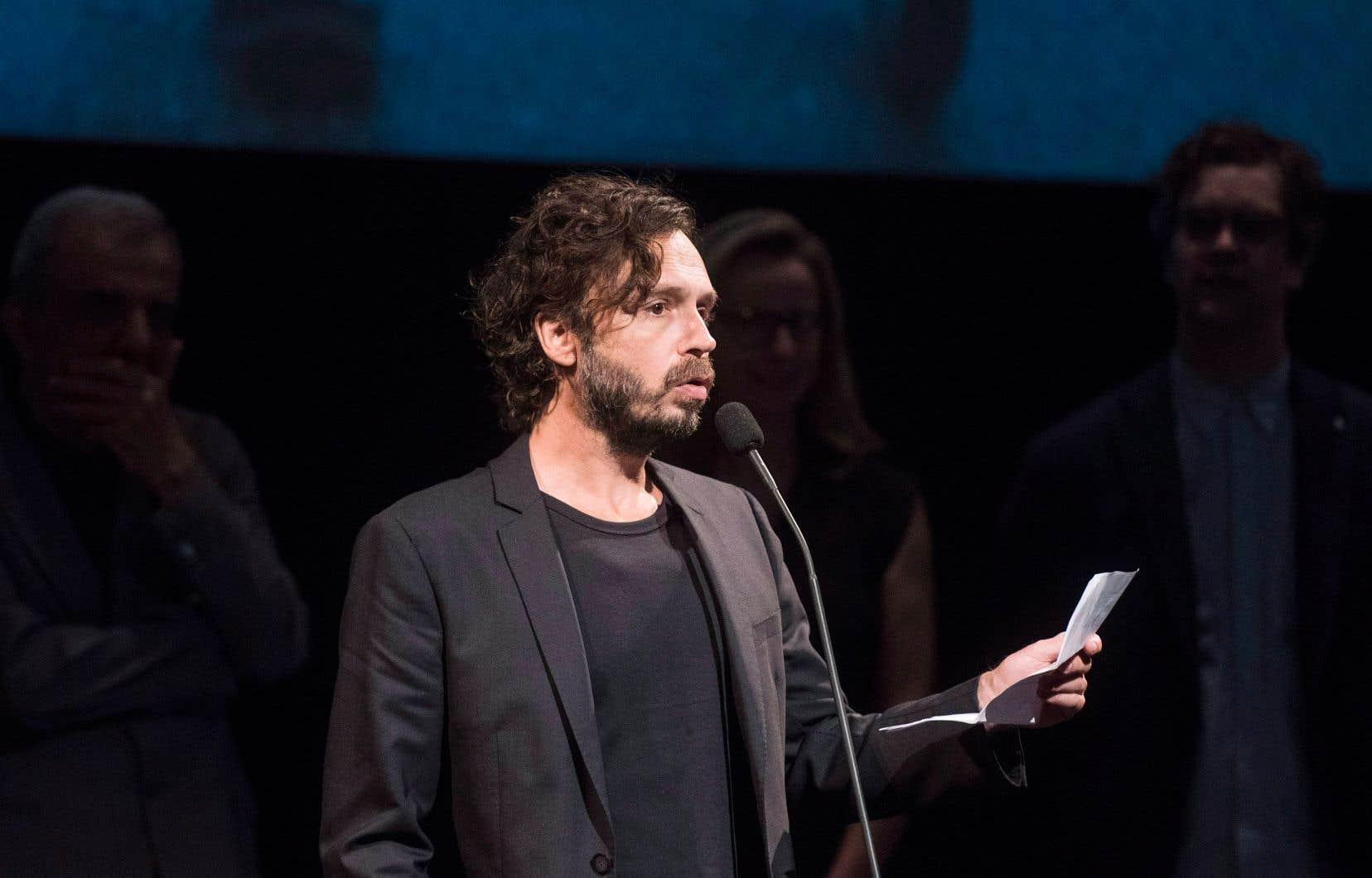 Le cinéaste Sébastien Pilote admet que son prix ne pouvait mieux tomber, à la veille de la première de son nouveau film.
