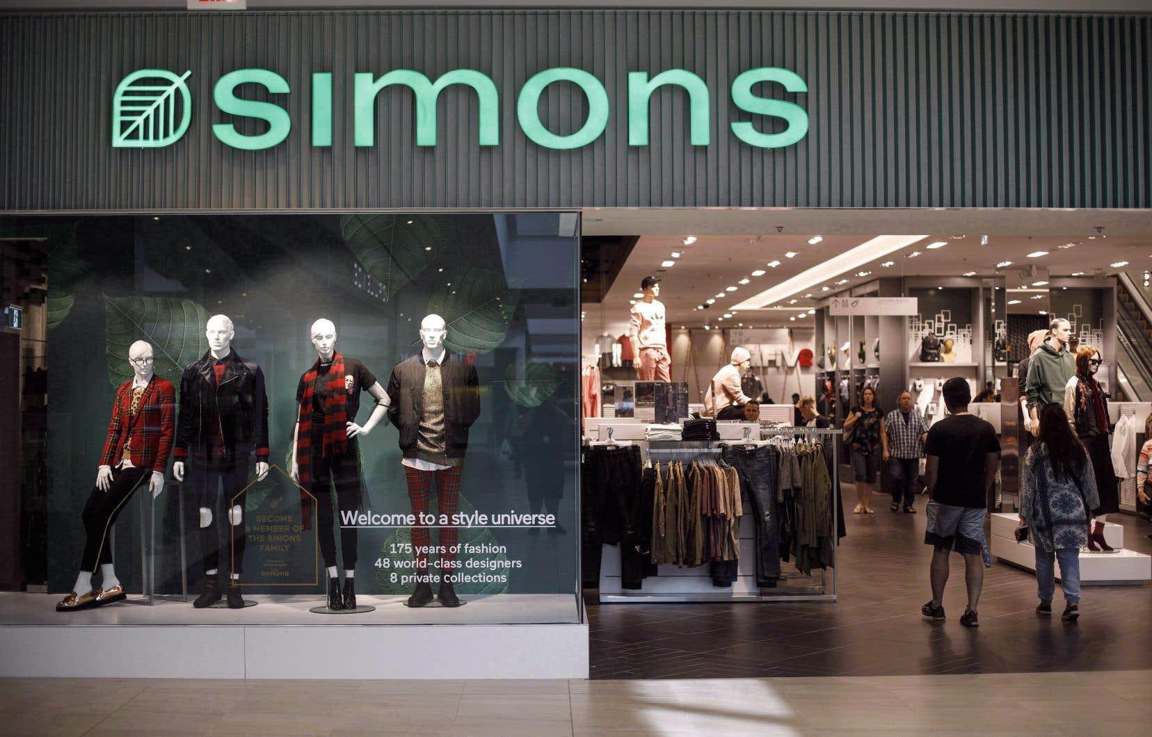 Simons s'est engagé à participer à la campagne de financement de la maison des femmes Cornerstone à Ottawa.