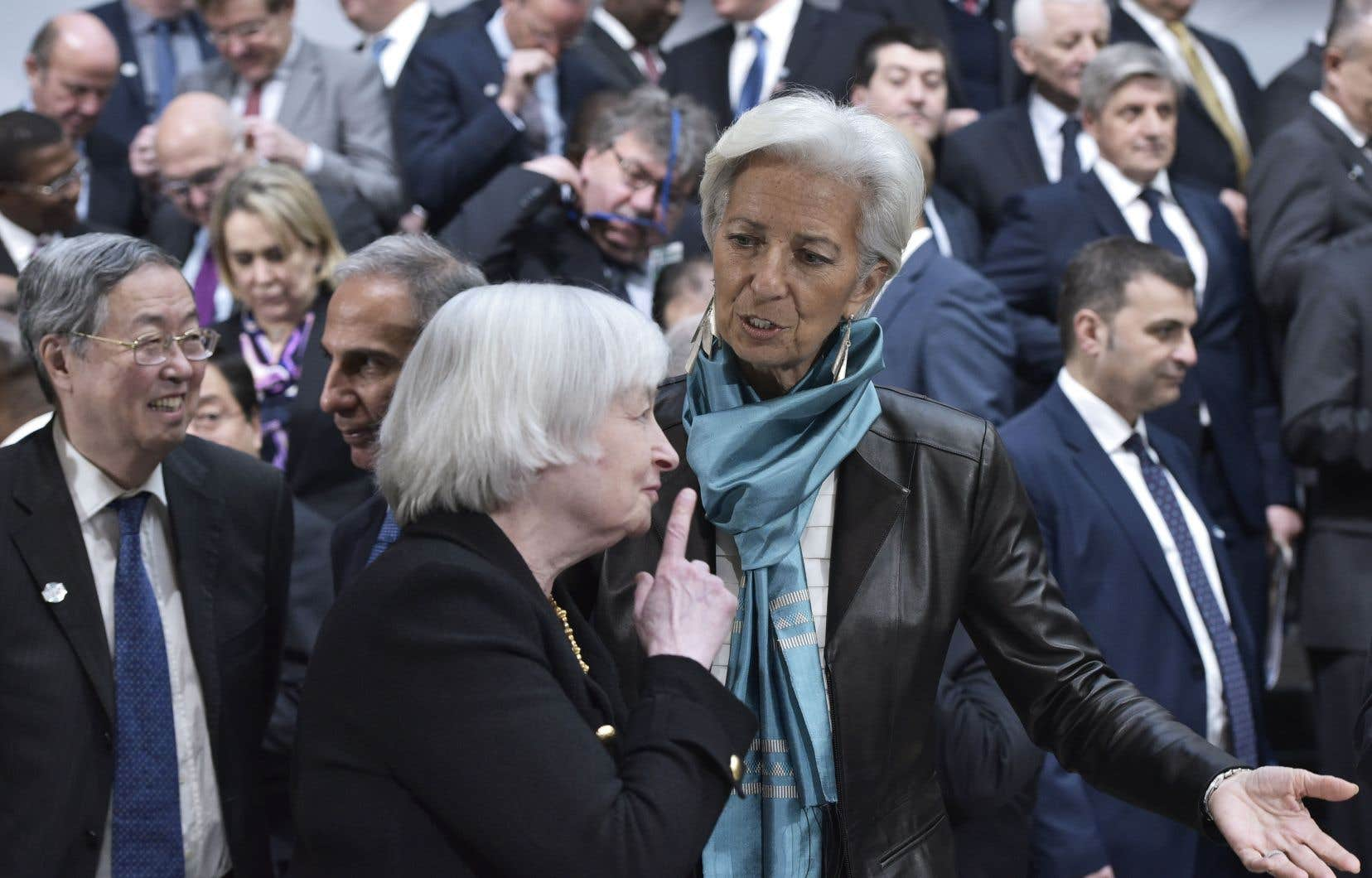La directrice du FMI, Christine Lagarde (à droite), en compagnie de Janet Yellen, présidente du Conseil des gouverneurs de la Réserve fédérale américaine, à Washington en 2016