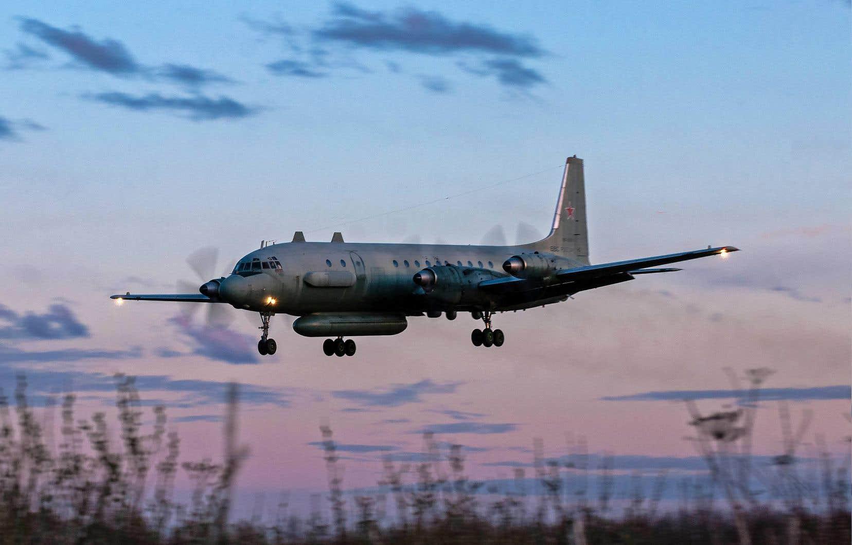 L'incident de l'avion russe abattu est le plus grave entre les deux alliés depuis que Moscou est intervenu militairement fin2015 en Syrie pour épauler le régime de Damas, alors affaibli face aux rebelles et aux djihadistes.