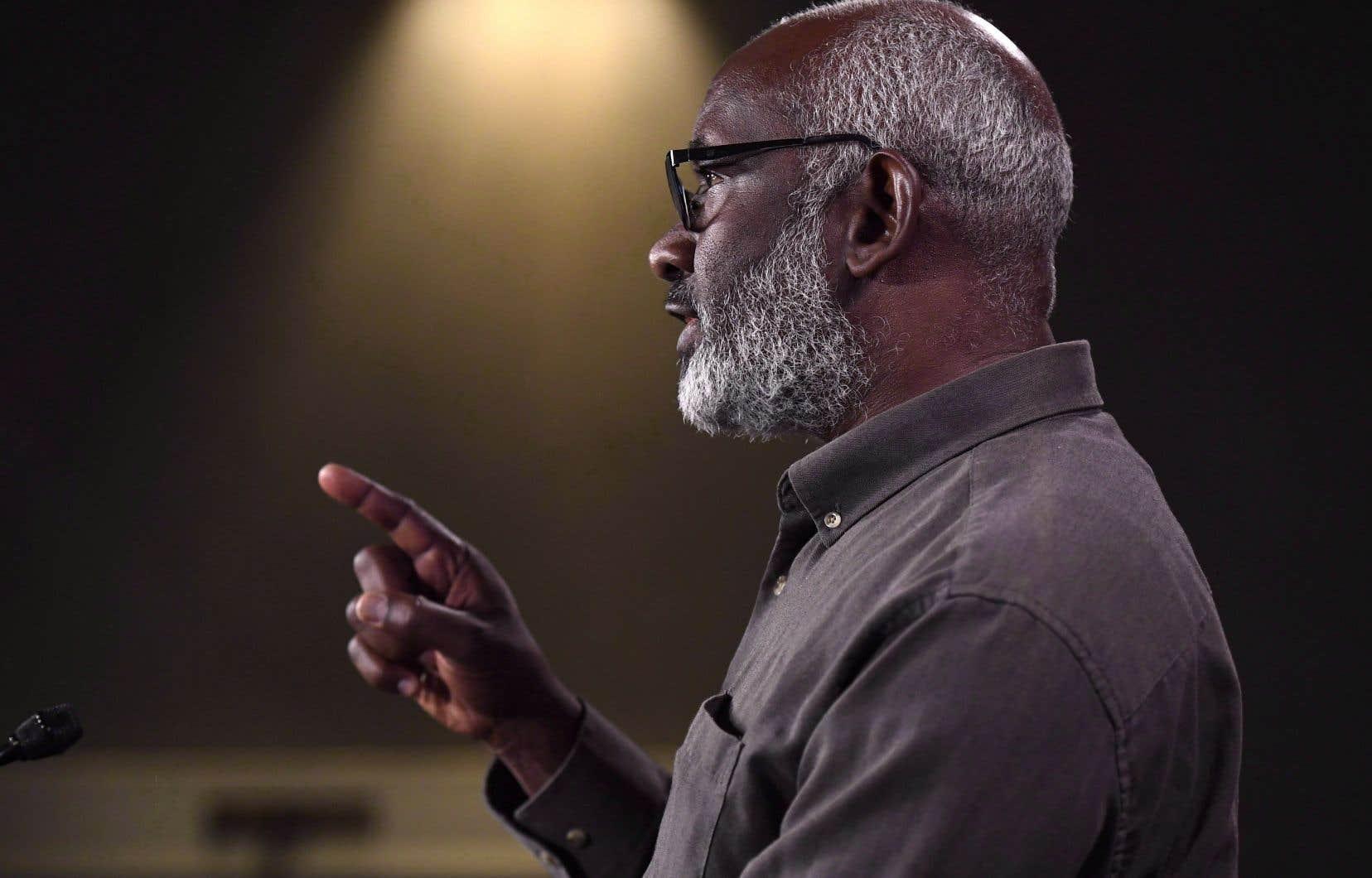 Abousfian Abdelrazik est ce citoyen canadien qui est resté coincé au Soudan de 2003 à 2009 parce que le Canada refusait de le rapatrier.