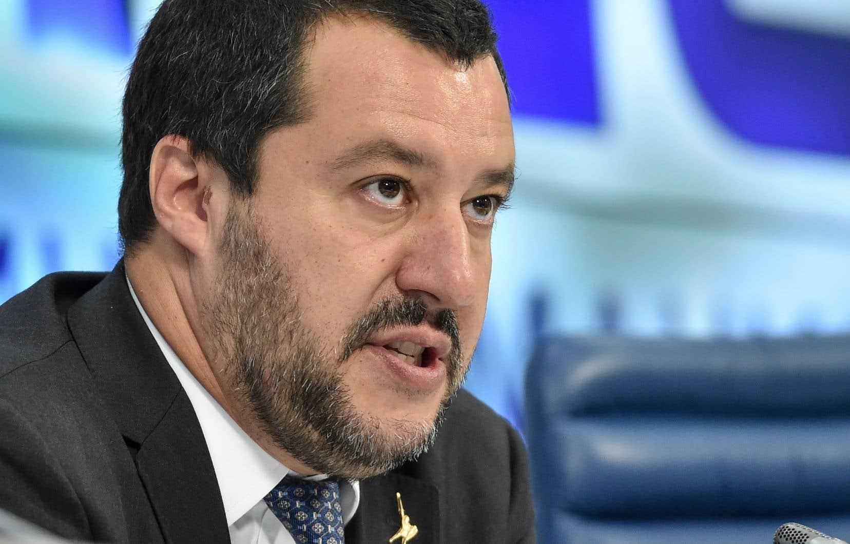 Selon le ministre de l'Intérieur, Matteo Salvini, il s'agit d'un pas en avant pour rendre l'Italie «plus sûre».