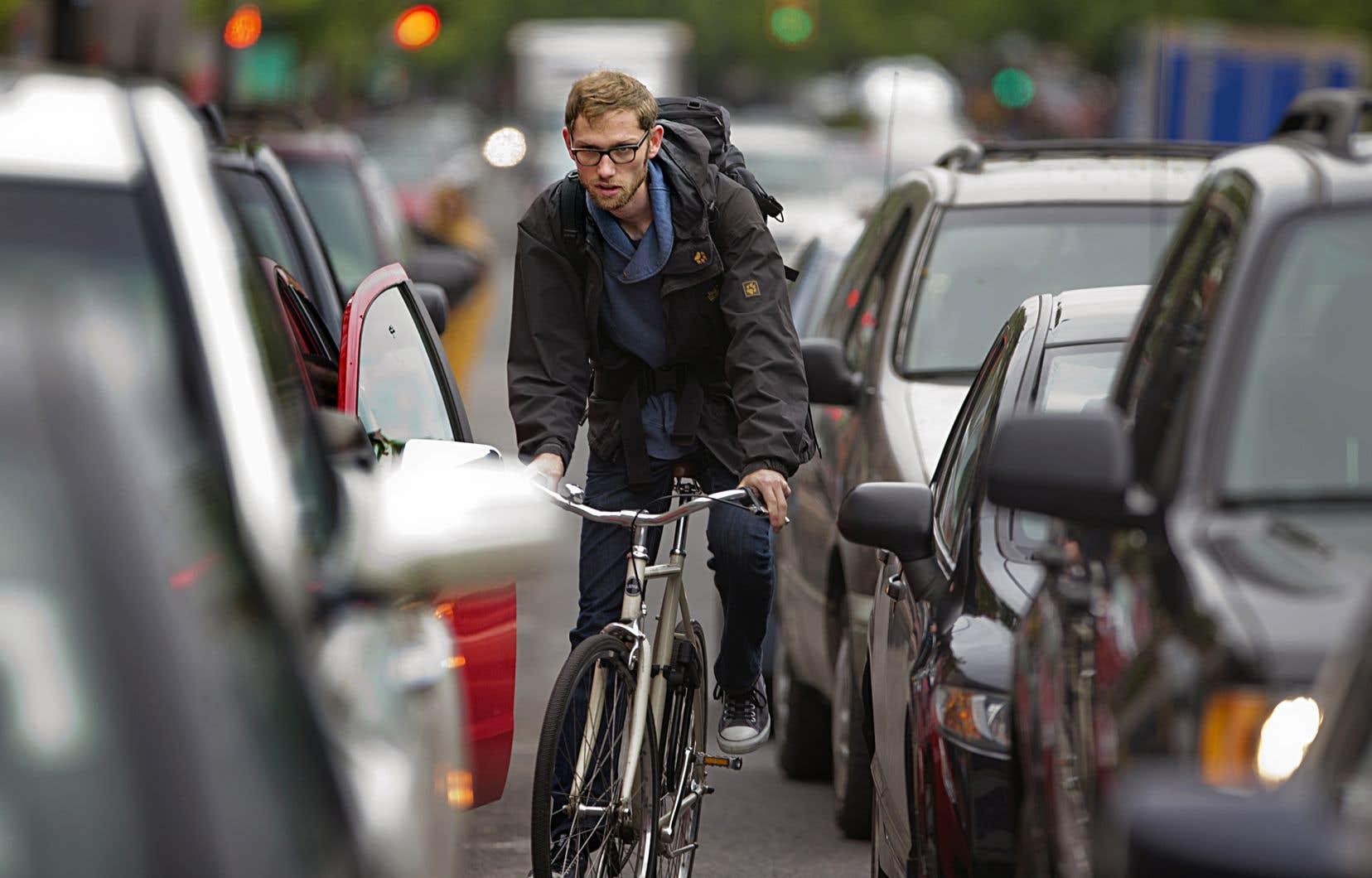 Depuis le début de 2018, le SPVM a dénombré le décès de 15 piétons, de 3 cyclistes et de 3 automobilistes, alors que pour la même période l'an dernier, 11 piétons avaient perdu la vie, contre 3 cyclistes et 5 automobilistes.
