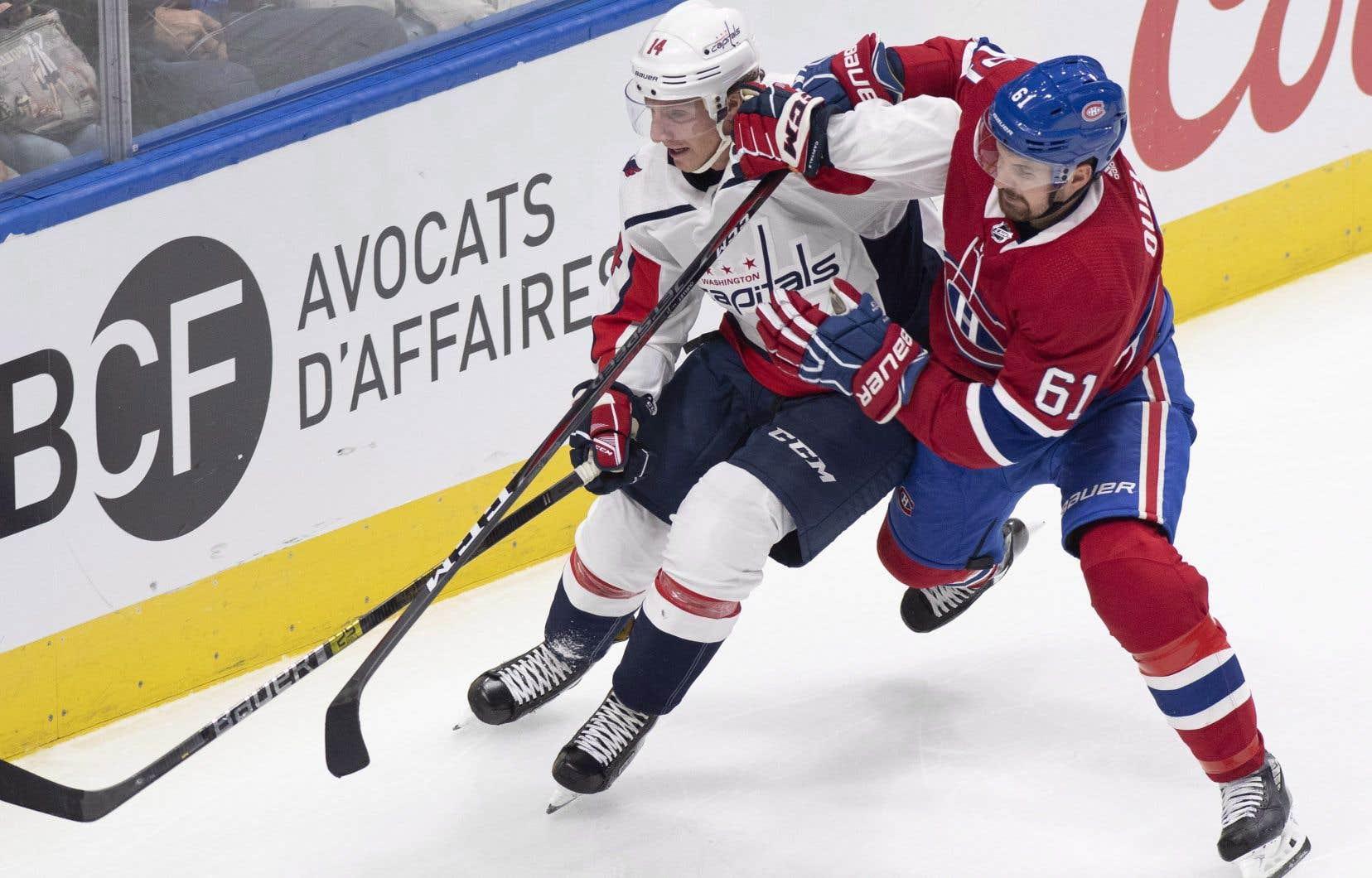 Ouellet, qui connaissait déjà un bon camp, a aidé sa cause avec une performance de deux buts — ses premiers points du camp — dans le gain de 5-1 contre les Maple Leafs de Toronto, lundi soir.