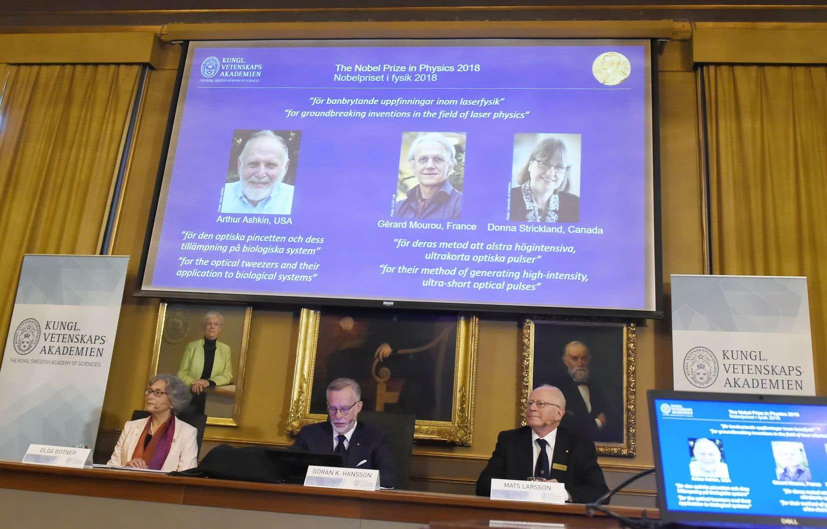 Trois scientifiques des États-Unis, du Canada et de la France se sont vus attribuer le prestigieux prix pour leurs travaux et leurs avancées sur les lasers.