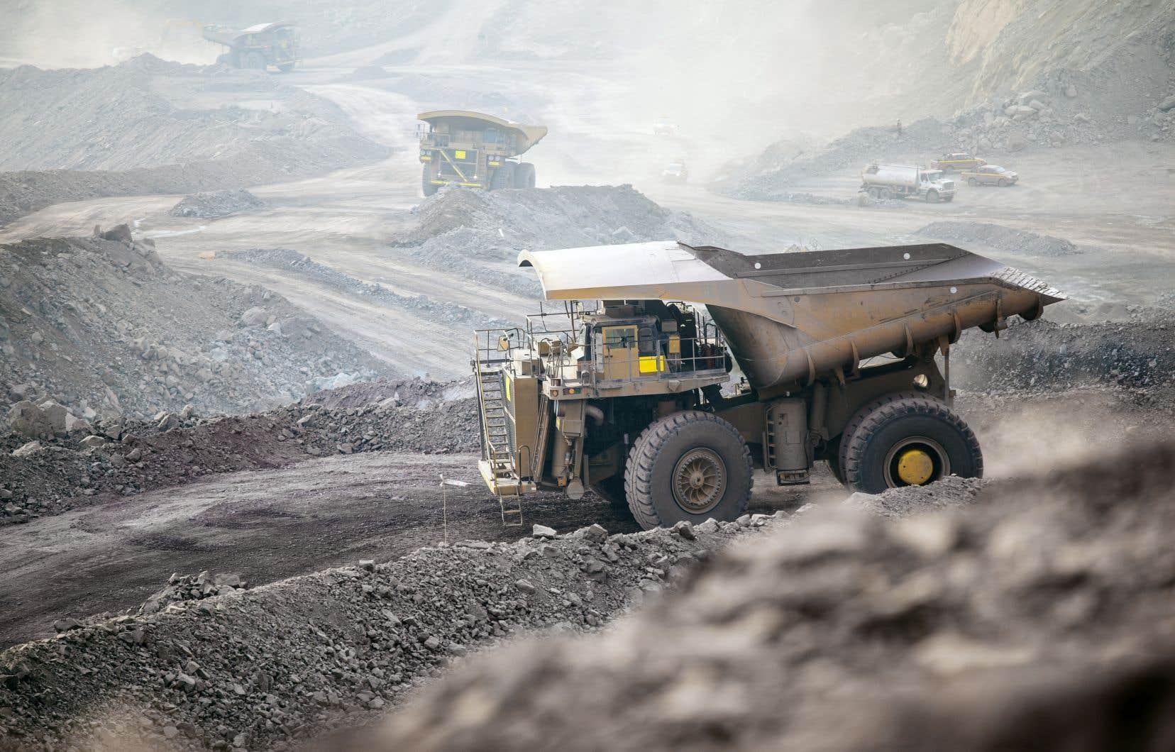 En date du 30juin, soit à la fin du deuxième trimestre, Stornoway comptait 570 employés, dont 507 se trouvaient sur son site minier.