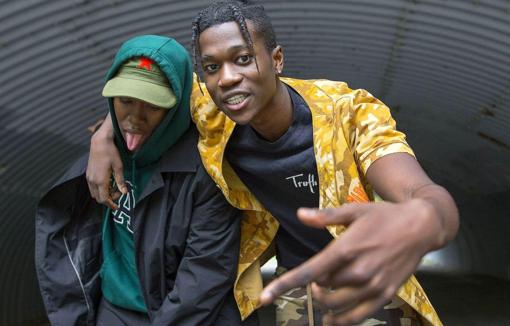 Deux rappeurs de la scène montréalaise à la langue bien pendue, Tracy et Koffee K.