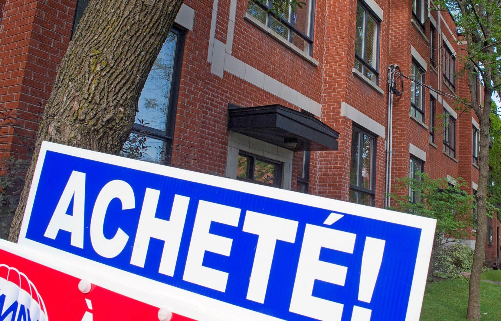 Les simulations de crise hypothécaires et les hausses des taux d'intérêt de la dernière année n'ont pas freiné le marché immobilier montréalais.