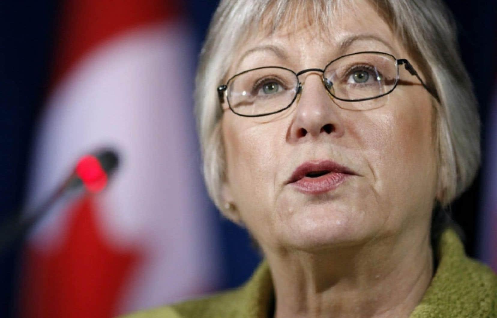 Les conservateurs, les libéraux et les néodémocrates n'ont pas voulu que la vérificatrice générale du Canada, Sheila Fraser, scrute leurs dépenses, soutenant qu'en tant que parlementaires, ils n'avaient de comptes à rendre qu'aux électeurs, pas à une fonctionnaire.