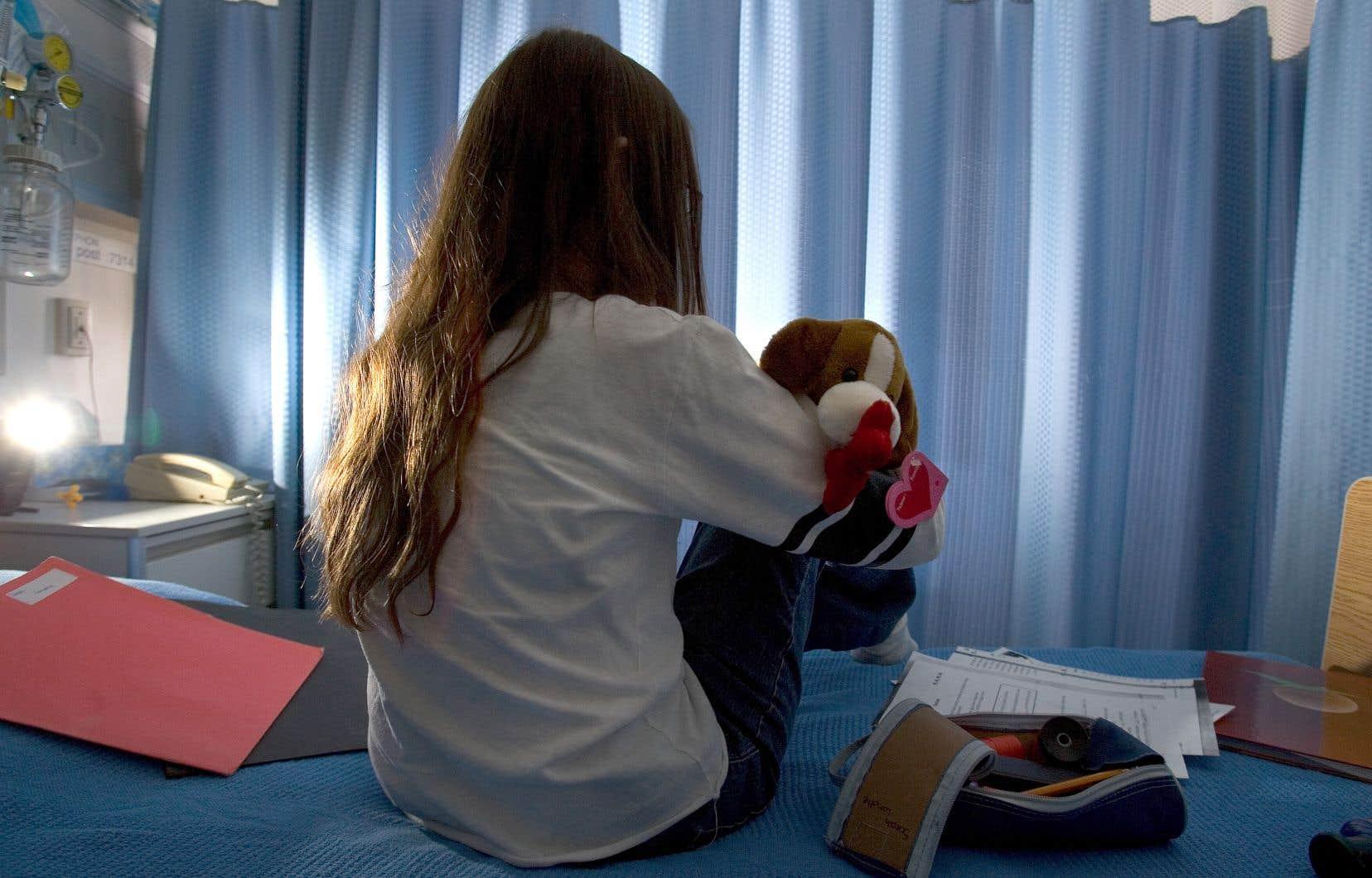 Le Directeur de la protection de la jeunesse craint de dépasser la barre des 100 000 signalements pour la première fois cette année.