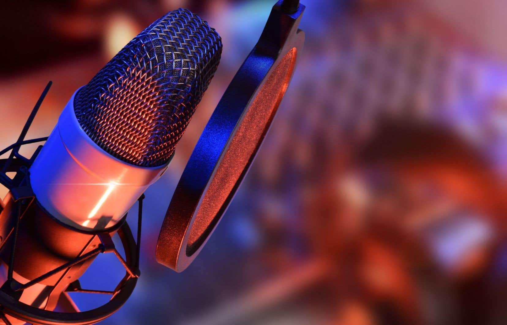 Notre rapport au format audio, dans un monde d'écrans, est en train de se réinventer, avec la radio Web, mais aussi beaucoup avec la baladodiffusion.