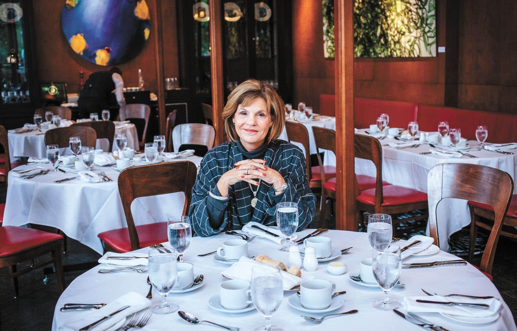 Liza Frulla, ancienne députée libérale, a été nommée en août 2015 par le gouvernement Couillard pour administrer le principal établissement d'enseignement professionnel, technique et universitaire de tourisme, d'hôtellerie et de restauration du Québec.
