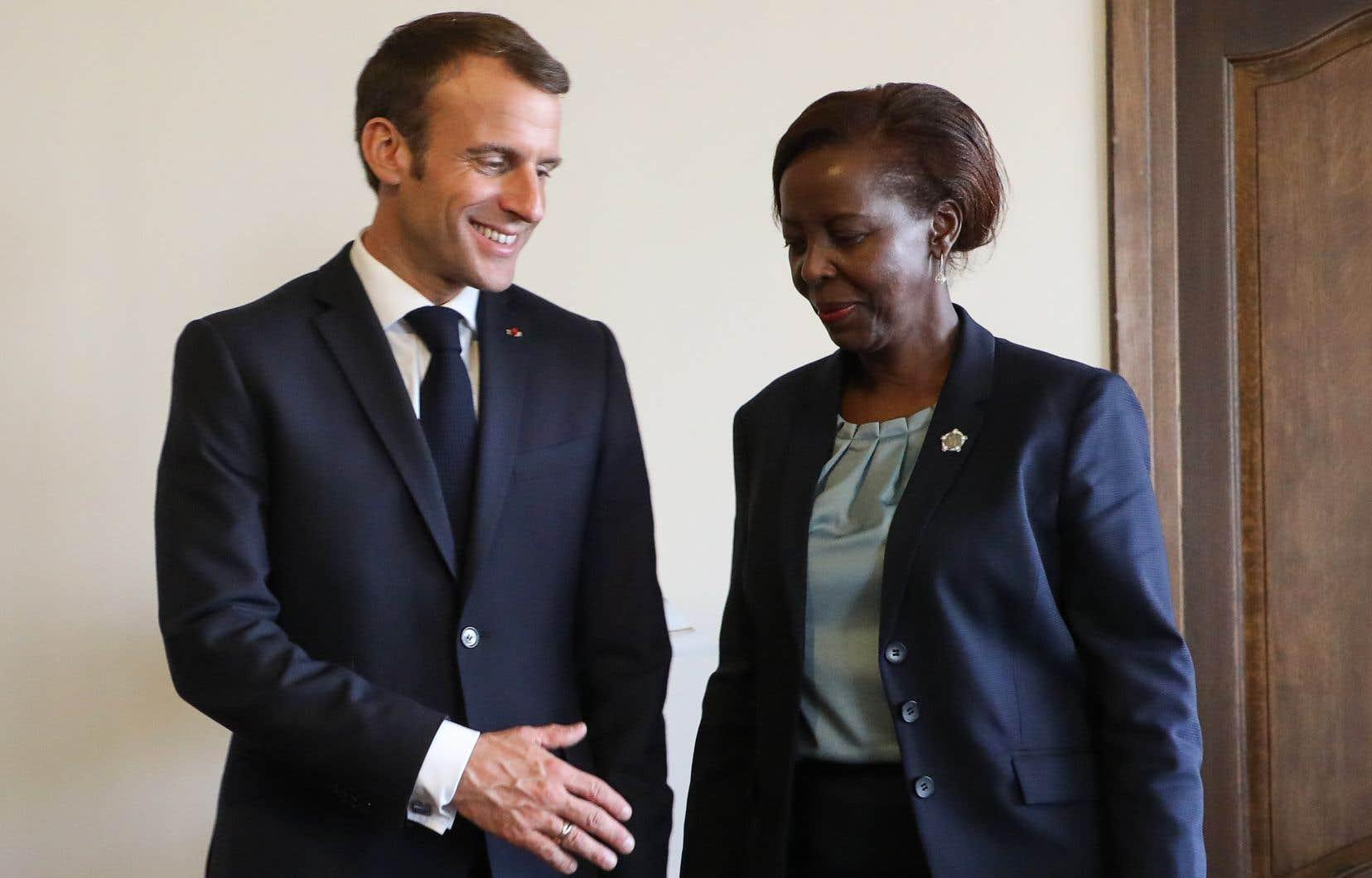 Emmanuel Macron et Louise Mushikiwabo