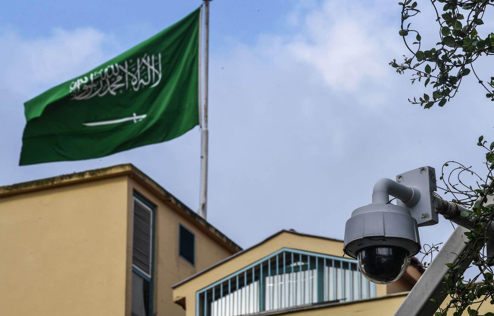 Ankara a reproché samedi à Riyad de ne pas coopérer, et notamment de ne pas laisser les enquêteurs accéder au consulat d'Arabie Saoudite à Istanbul, où le journaliste a été vu pour la dernière fois, le 2octobre.