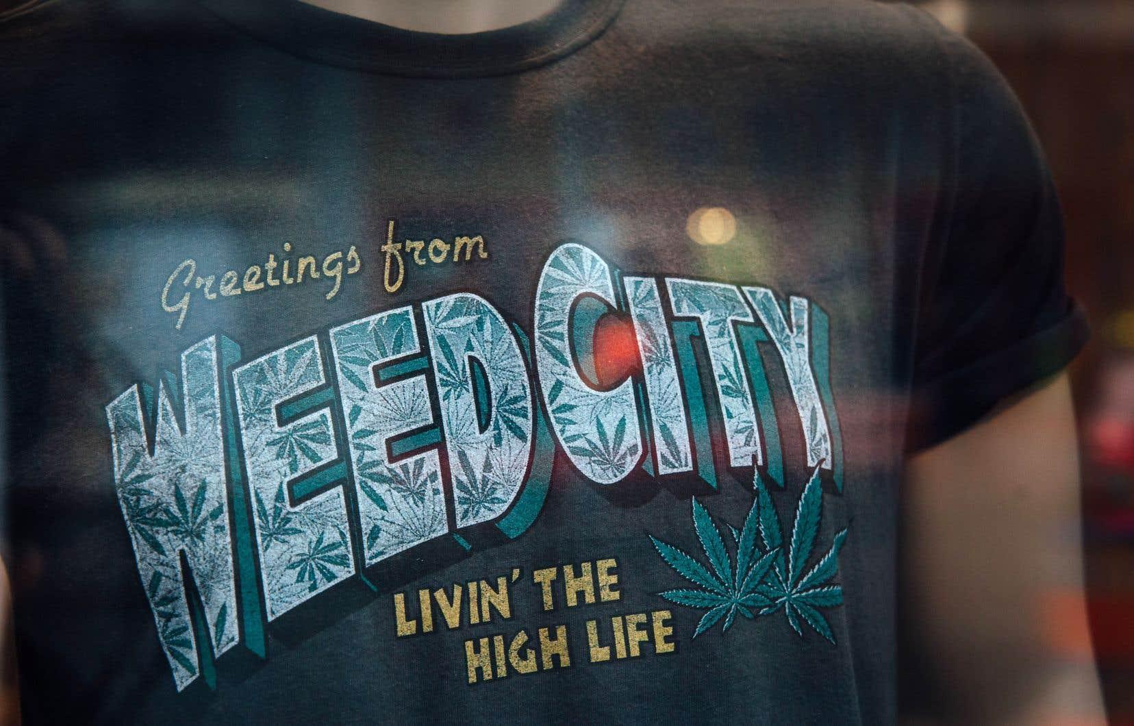 Les commerçants pourraient ne plus pouvoir vendre de vêtements portant l'empreinte du cannabis.