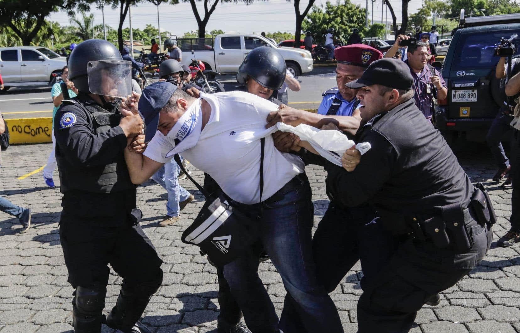 Les autorités du Nicaragua «ont intensifié leur stratégie répressive» contre les manifestants, estime Amnesty International.