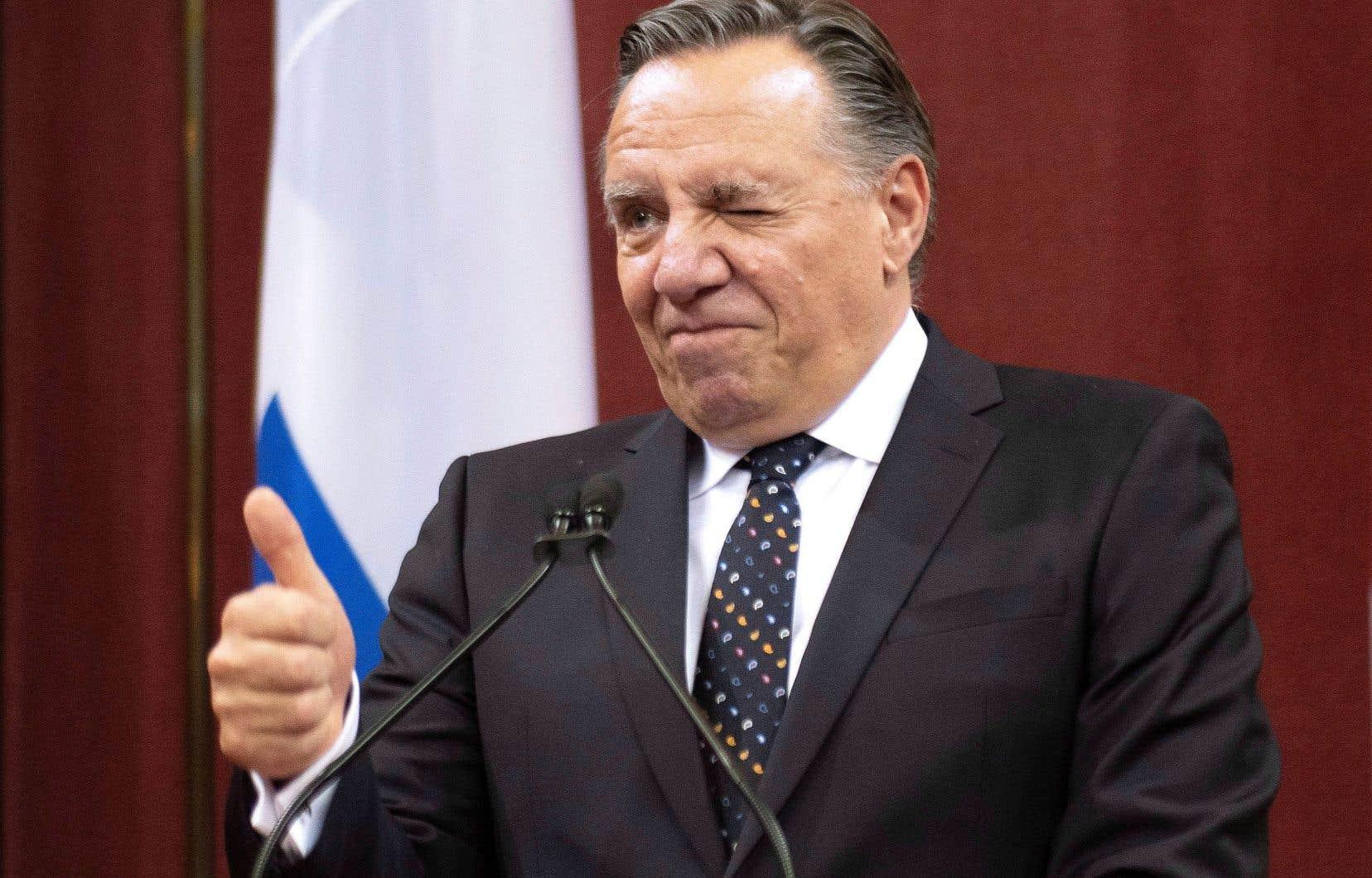 Dans son discours prononcé après l'assermentation des nouveaux ministres, François Legault a dit que son parti politique s'est engagé à augmenter le niveau de richesse des Québécois.
