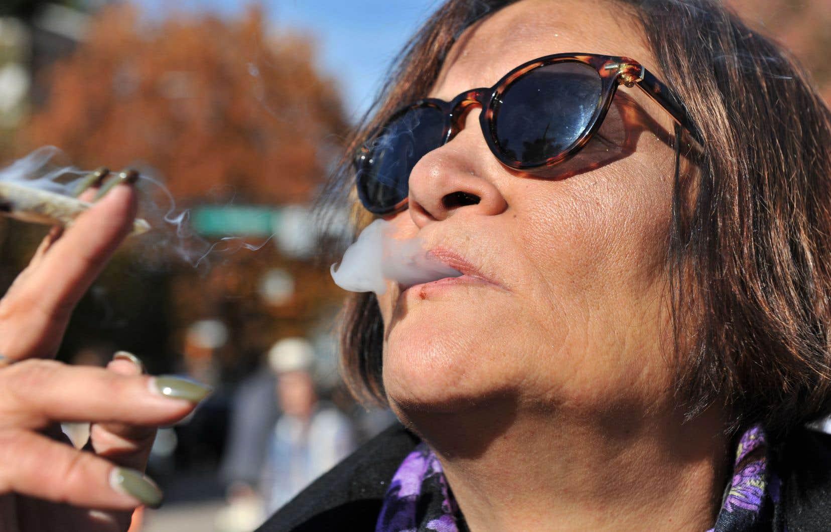 Les chercheurs concluent que d'autres études sont nécessaires «dans le contexte de la légalisation de l'usage récréatif» du cannabis.