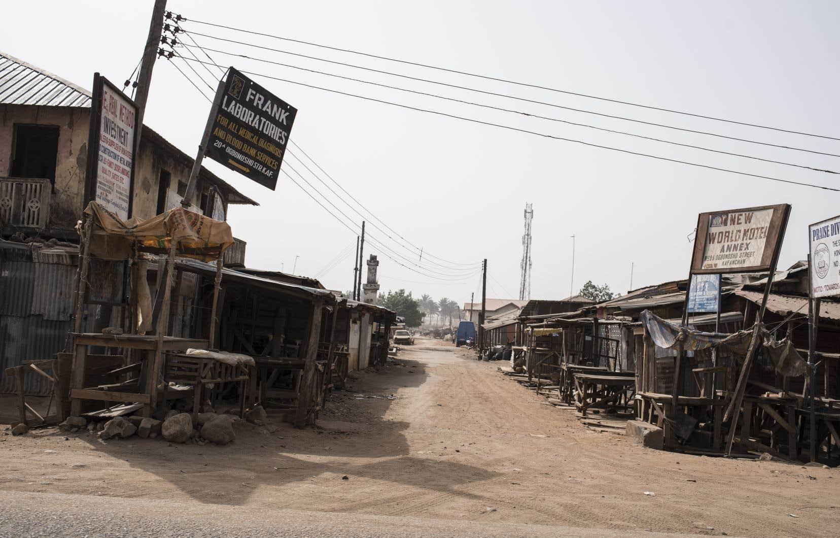 Ce n'est pas la première fois que la région de Kaduna est en proie à des violences intercommunautaires. En 2017, des heurts avaient eu lieu entre fermiers chrétiens et musulmans à Kafanchan, à 200 kilomètres de la ville de Kaduna. Ils avaient faits quelques dizaines de morts.
