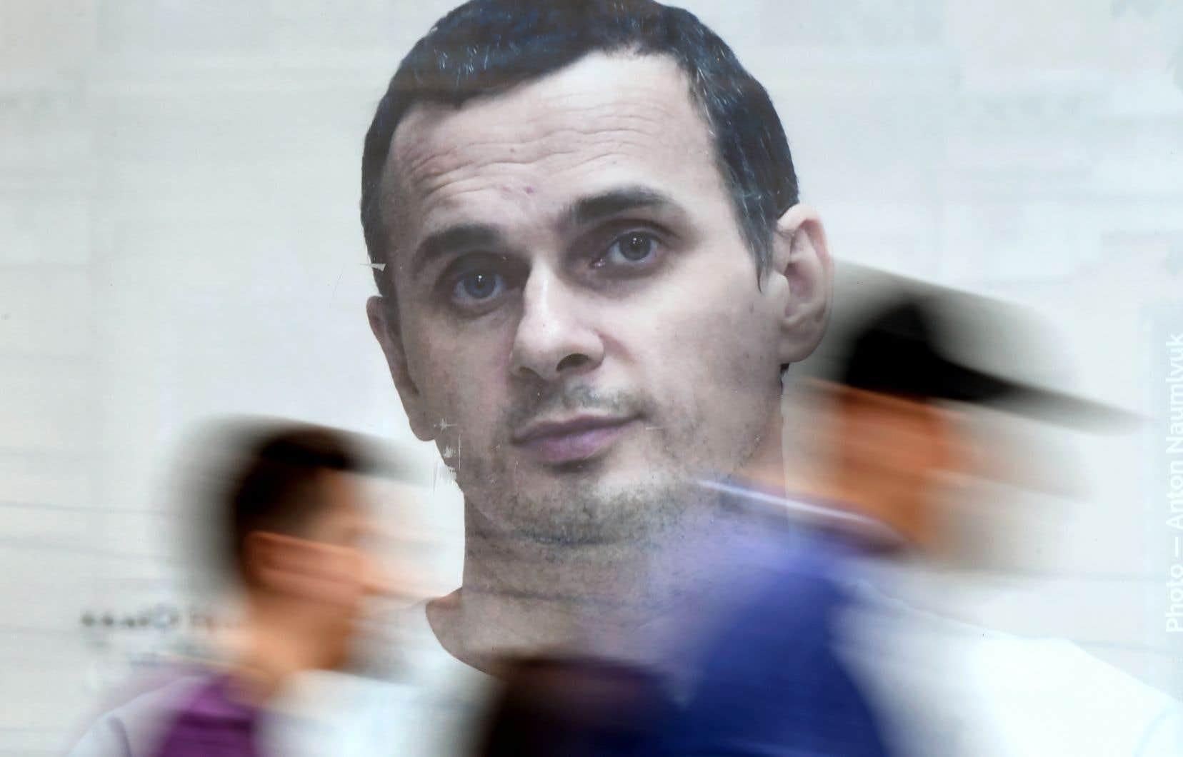 Oleg Sentsovest détenu dans la colonie pénitentiaire russe de Labytnangui, au-delà du cercle polaire arctique.