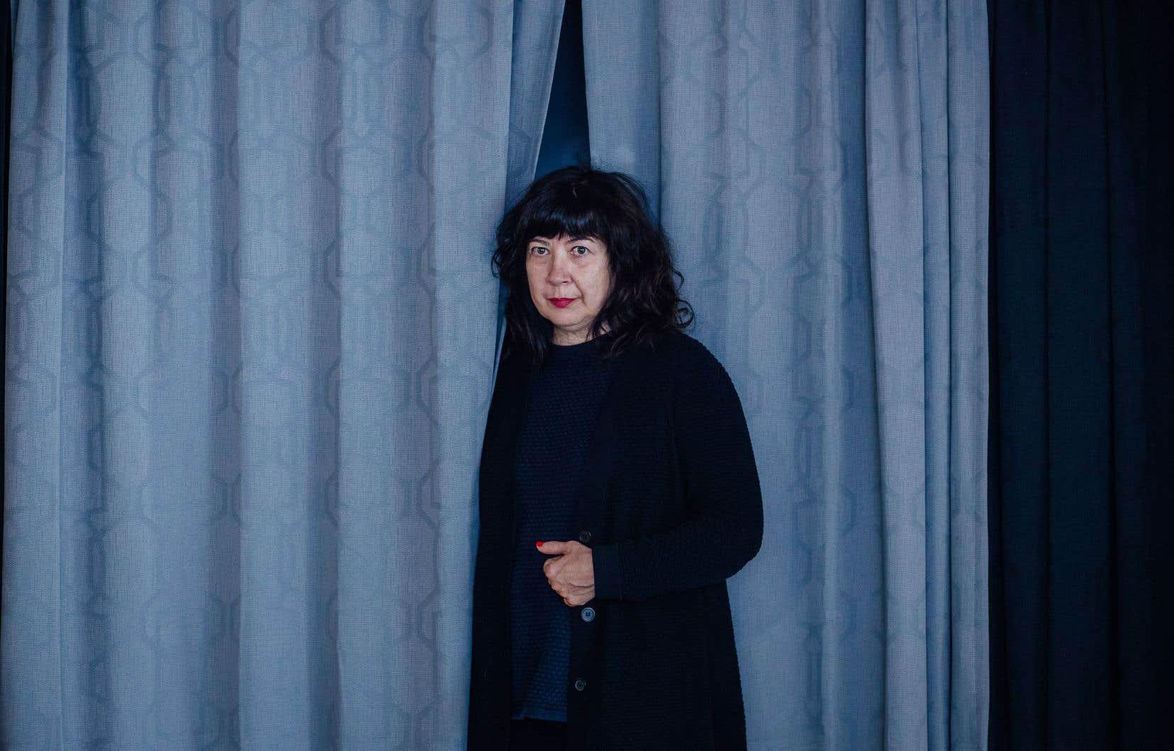 La dramaturge voit ses pièces «Jimmy, créature de rêve», «La noirceur» et «Peepshow» publiées en français.