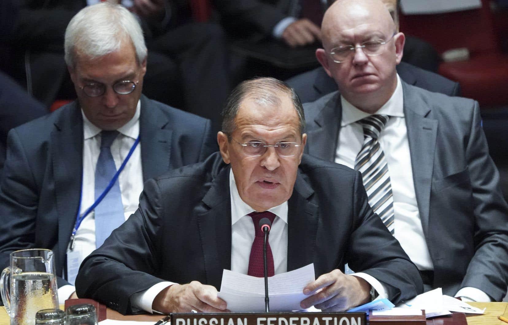 La Russie estime que le retrait des États-Unis du traitésur les armes nucléaires de portée intermédiaire mènera à une nouvelle course aux armements nucléaires.