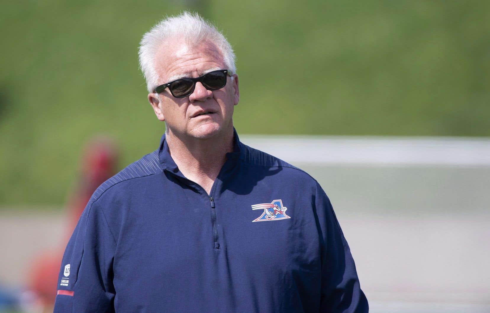 L'entraîneur-chef des Alouettes, Mike Sherman