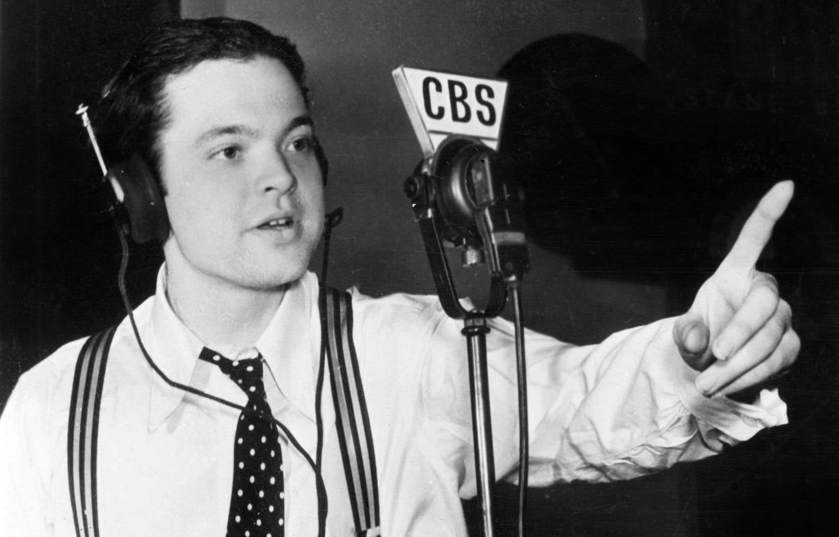 Des milliers de journaux (dont «Le Devoir» du 31 octobre 1938) rapportaient que l'émission avait créé une panique de masse dans tout le pays.