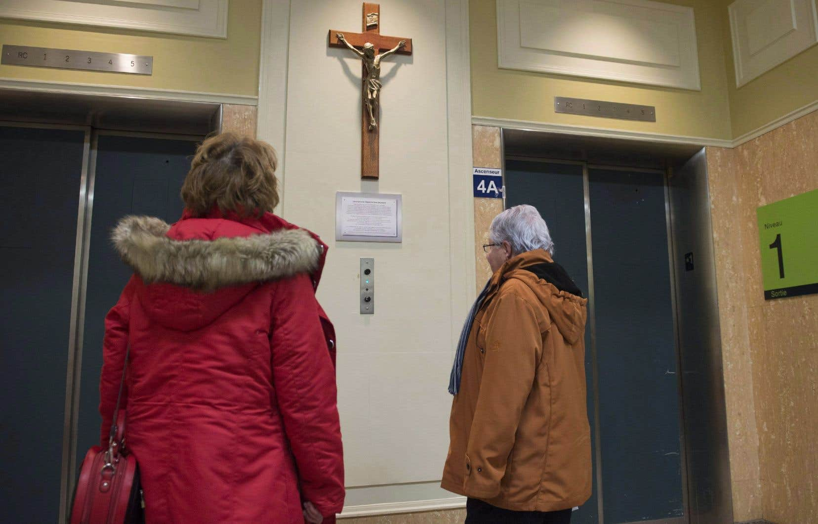 «Nos politiciens n'ont plus à porter le crucifix au cou pour gagner leurs élections», rappelle l'auteur.