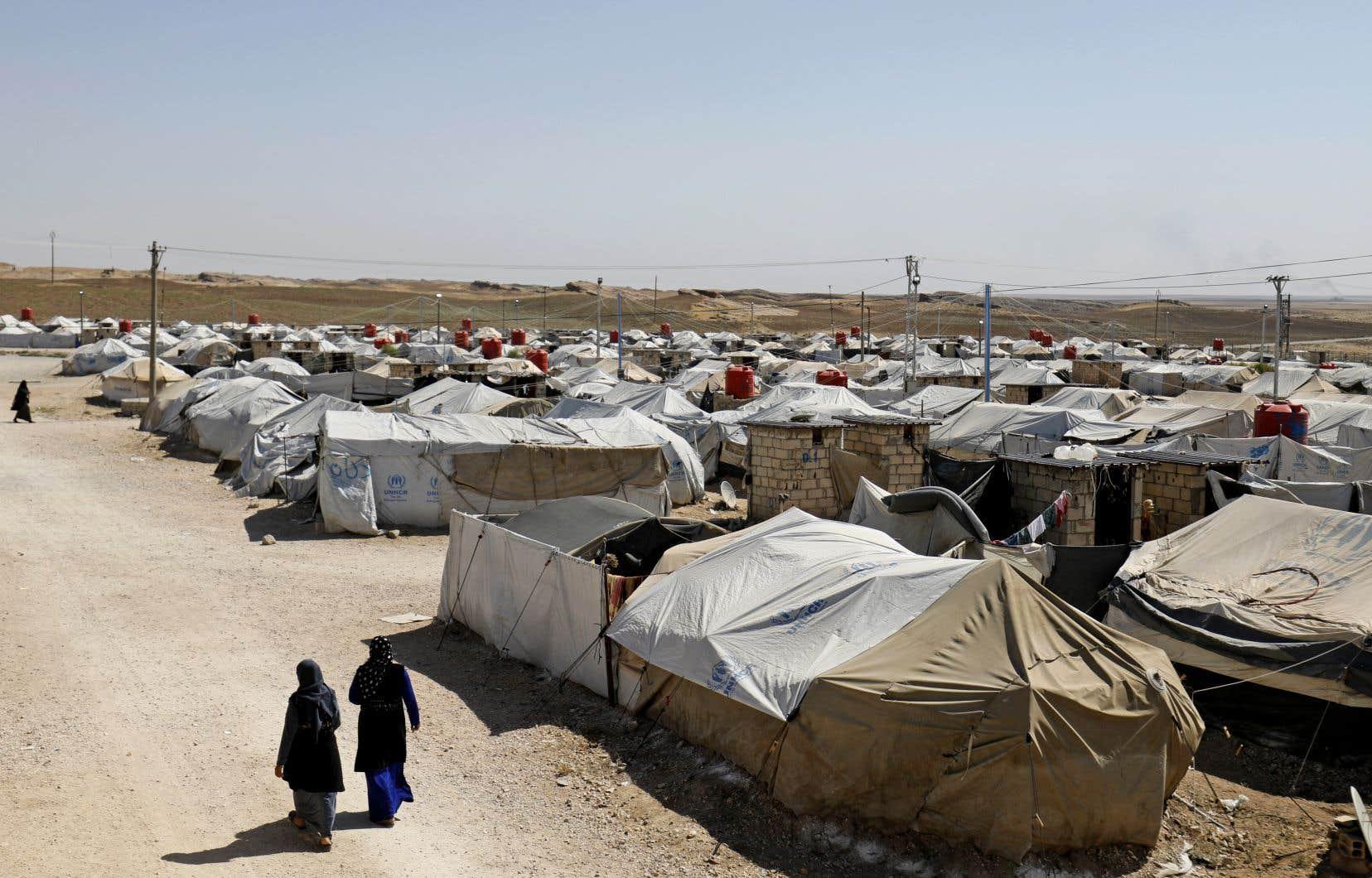 Récemment, le réseau Global a dénombré 13 Canadiens, dont 5 enfants issus de mariages binationaux, dans un centre de détention kurde dans le nord de la Syrie.