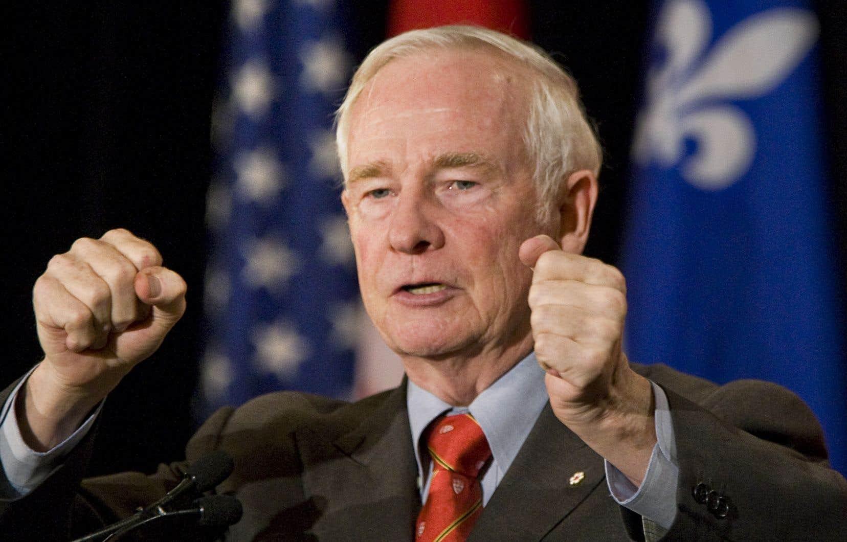 C'est l'ancien gouverneur-général David Johnston qui présidera la nouvelle commission des débats des chefs créée par le gouvernement Trudeau.