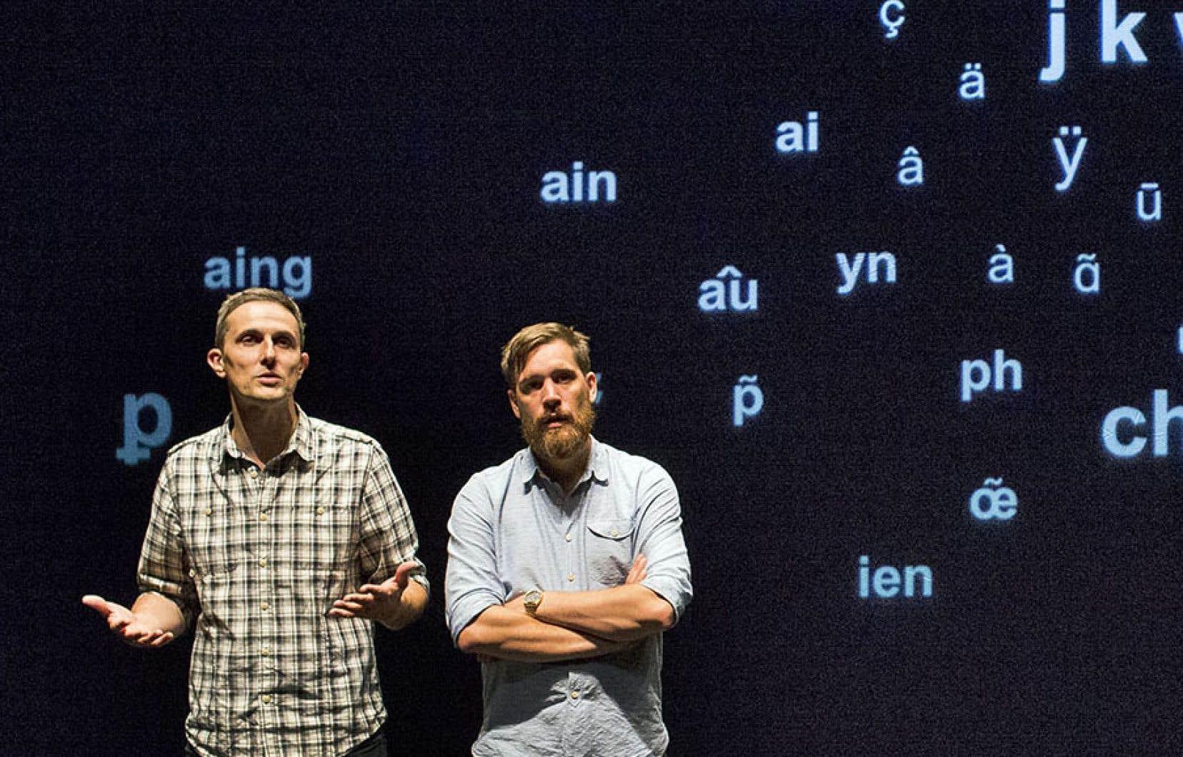 Les professeus Arnaud Hoedt et Jérôme Piron mettent en relief les absurdités de l'orthographe.