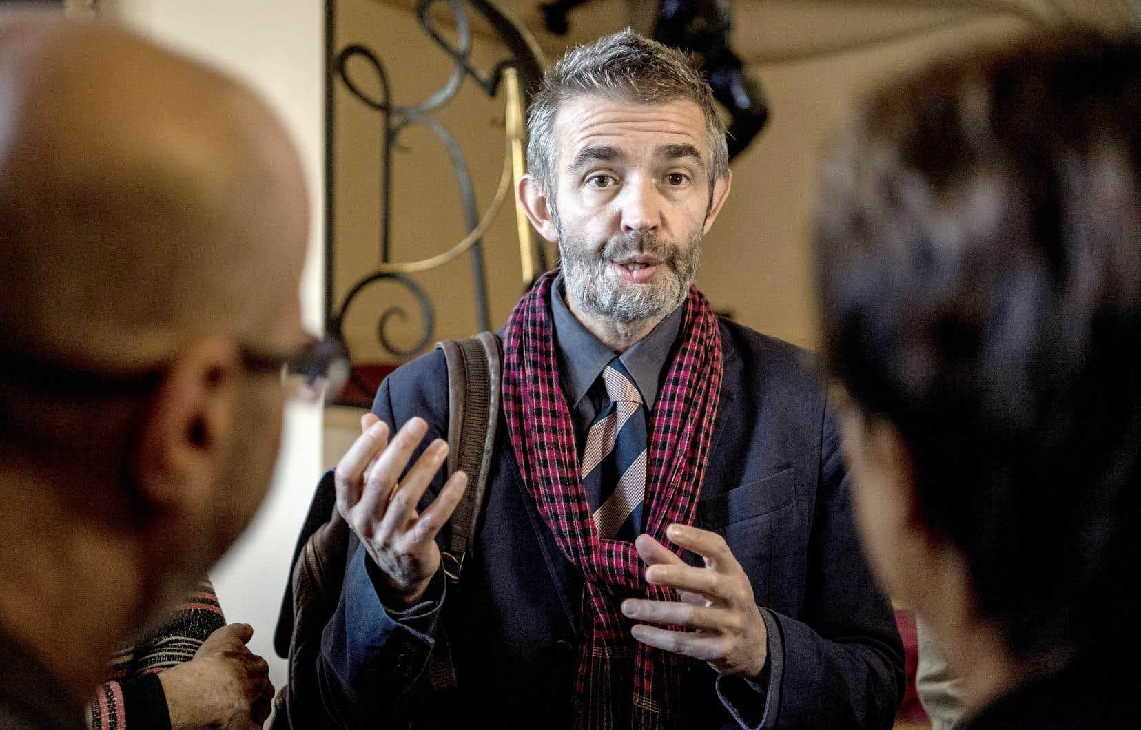 L'écrivain a été gravement touché à la mâchoire par une balle tirée par les tueurs ayant fait irruption dans la rédaction de «Charlie Hebdo» le 7janvier 2015, en France.