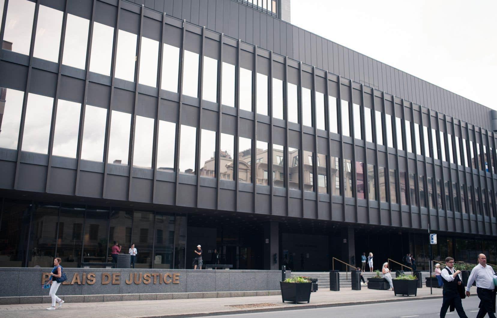 Dans une décision rendue jeudi, la juge Christine Baudouin a refusé la demande de Lisa D'Amico, car elle estime que le véhicule de l'action collective est mal choisi.