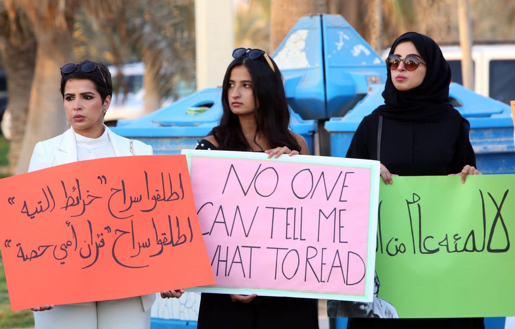 En septembre, des militants ont protesté à deux reprises dans les rues de la capitale contre la censure grandissante des autorités koweïtiennes.
