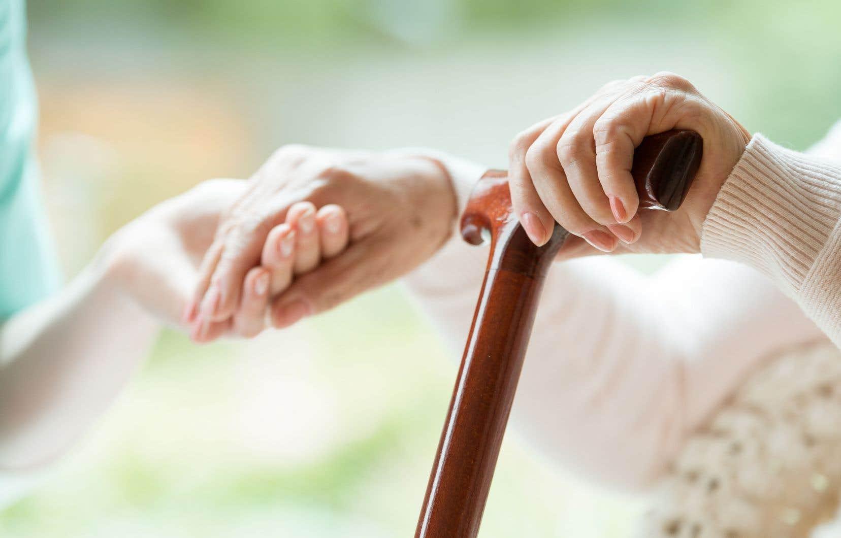 <p>SAMse veut un outil de télémédecine semi-autonome qui permet d'assurer un meilleur suivi des personnes vieillissantes à leur domicile.</p>