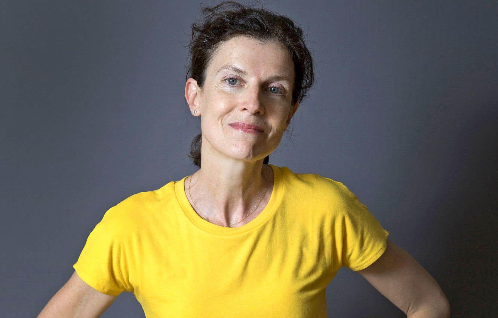 Emmanuelle Bayamack-Tam est professeure de littérature: sa proximité avec les textes se renouvelle chaque fois qu'elle les relit pour les enseigner.