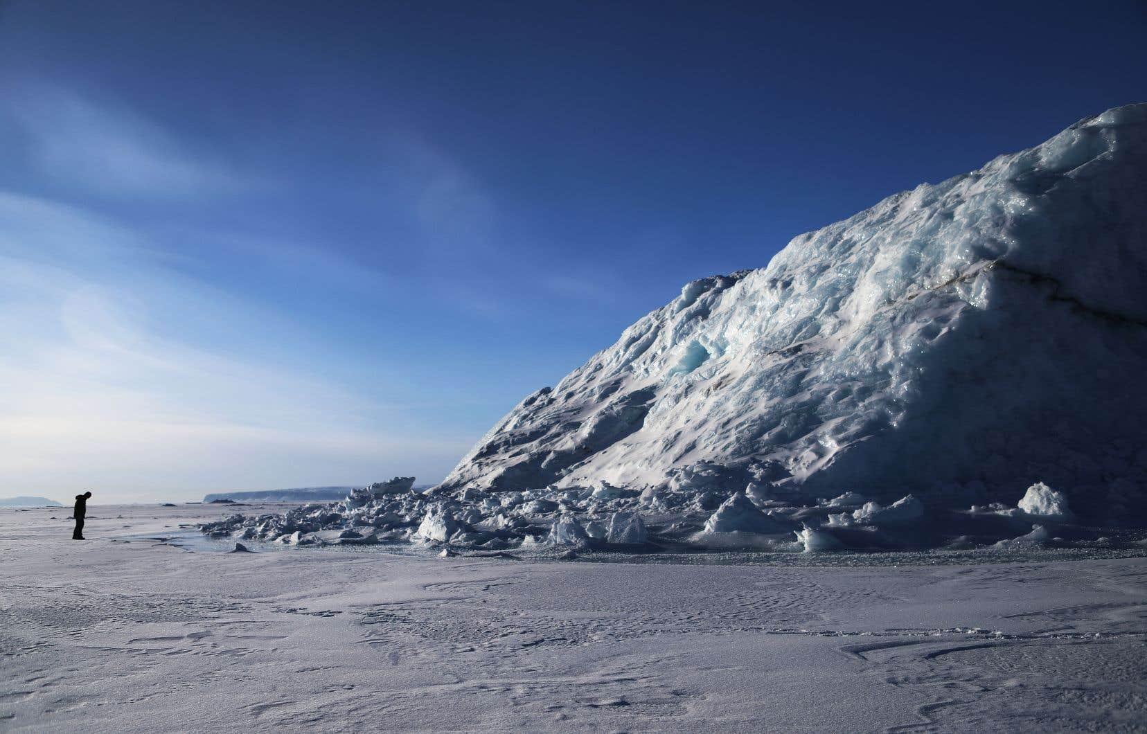 Dans la mesure où le Canada se préoccupe réellement des changements climatiques, il ne devrait évidemment pas être le premier à exploiter ces ressources arctiques.