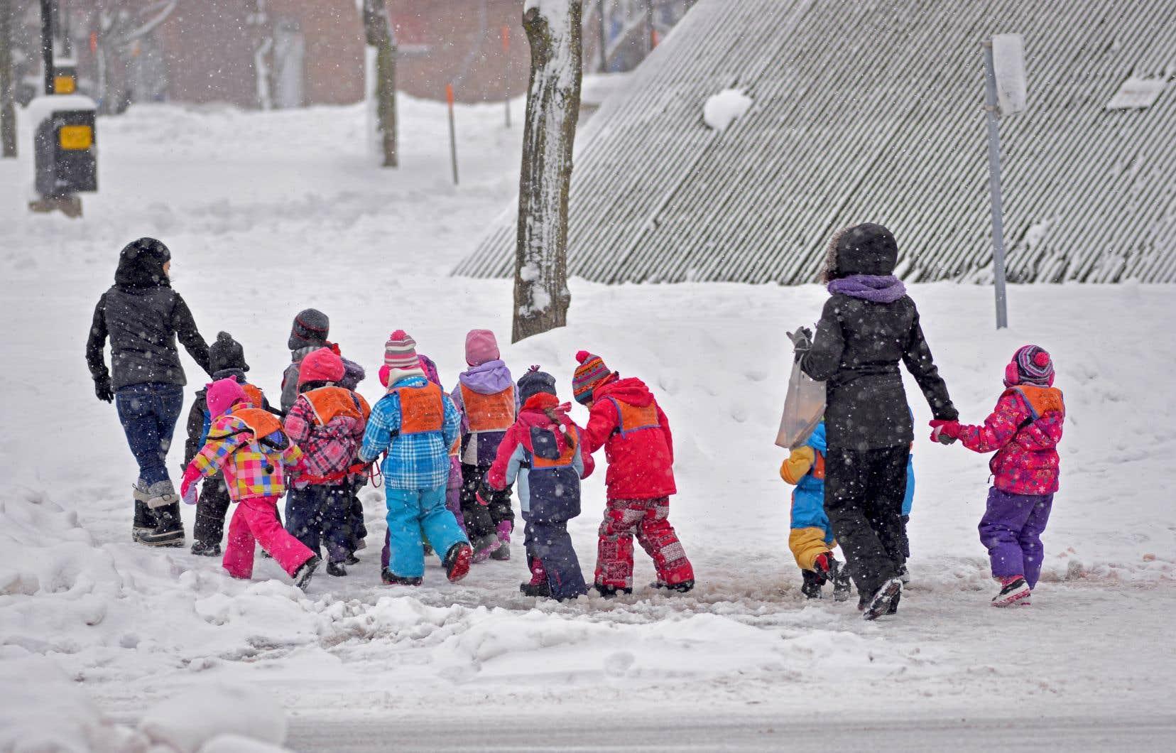 Une grande majorité de Québécois estiment que les services de garde éducatifs peuvent avoir un impact sur la réussite éducative des enfants.