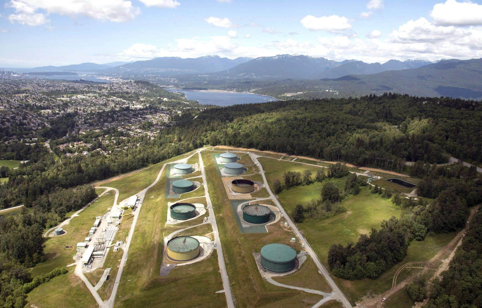 Des installations de Trans Mountain à Burnaby, en Colombie-Britannique. EDC a récemment été impliquée dans le montage financier déployé par Ottawa pour acquérir l'oléoduc Trans Mountain.