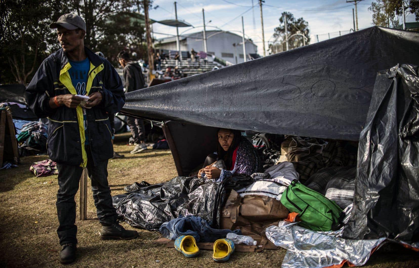 Les migrants qui se massent dans la ville de Tijuana sont à la recherche d'une vie meilleure aux États-Unis.