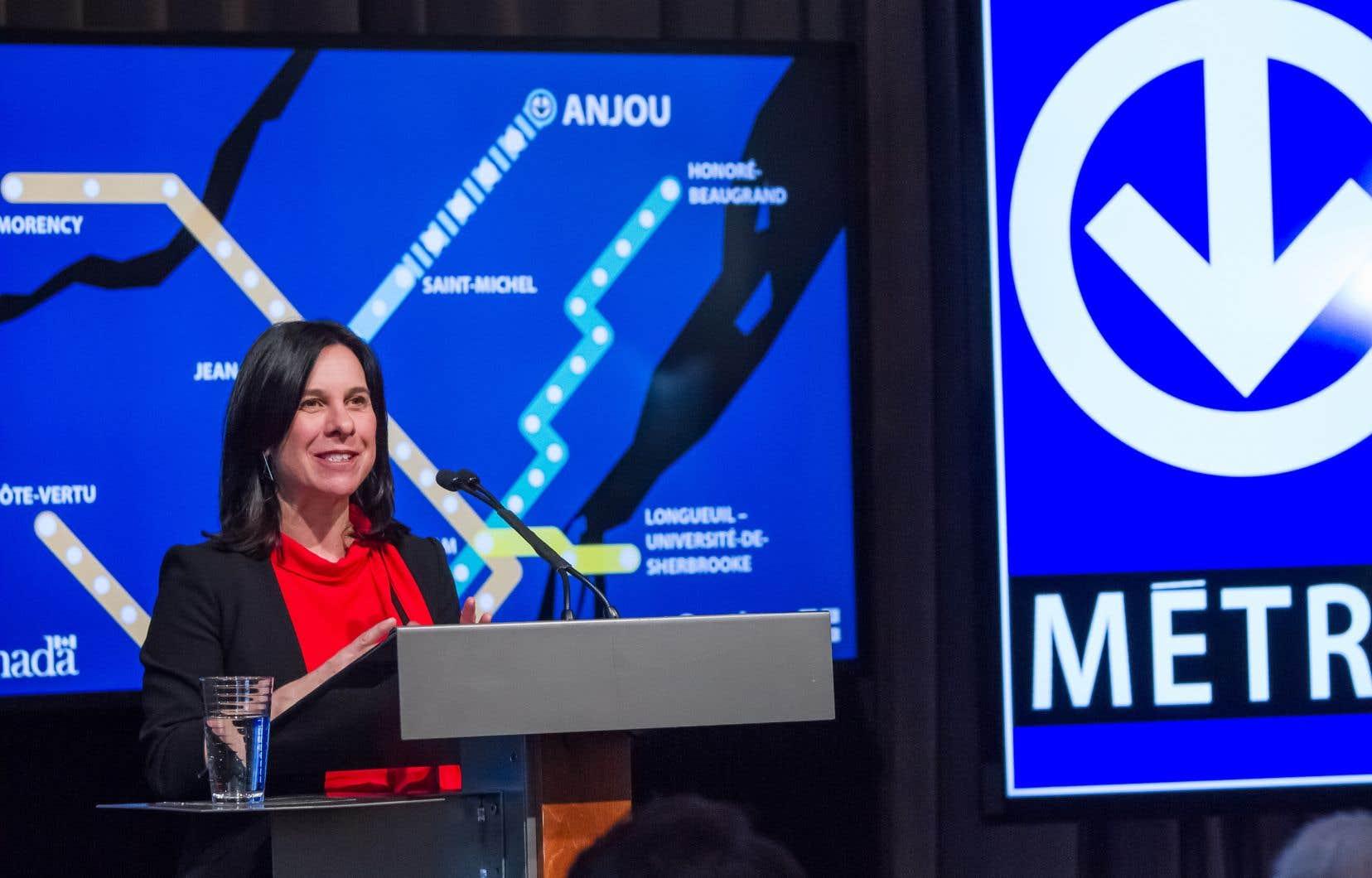La mairesse Valérie Plante a annoncé la création du bureau de projet de la ligne rose, qui sera doté d'un budget de 1million de dollars.