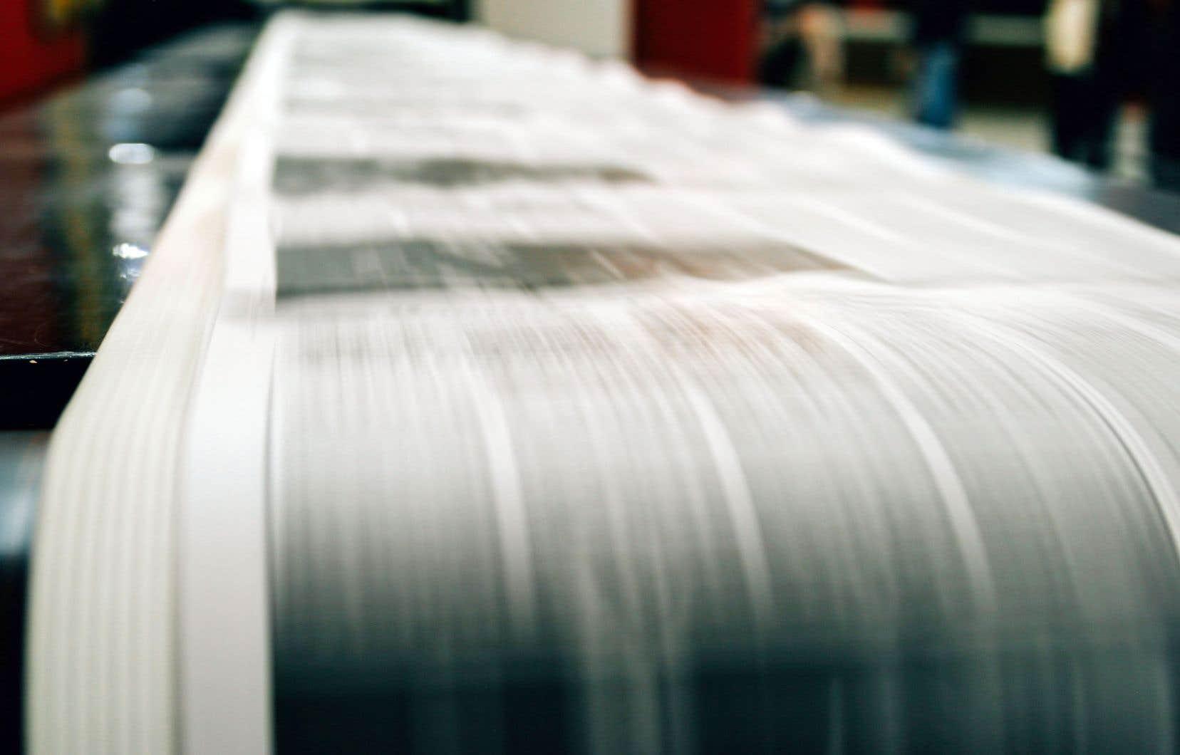 Plus du quart des journaux ont fermé leurs portes en huit ans au Québec, selon la ministre Nathalie Côté.