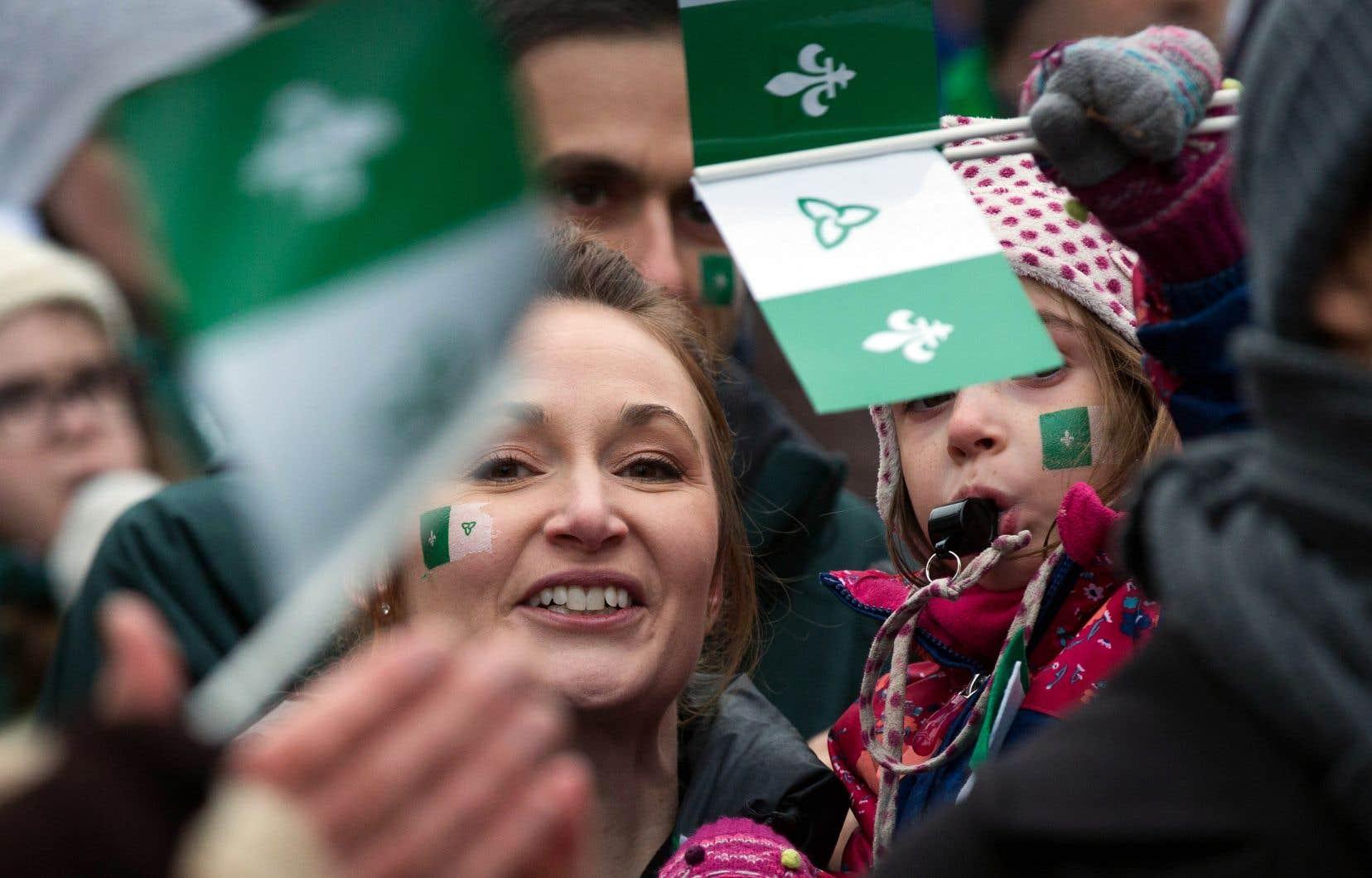Une quarantaine de rassemblements se sont tenus en Ontario, samedi, pour dénoncer les compressions du gouvernement Ford dans les services aux francophones.