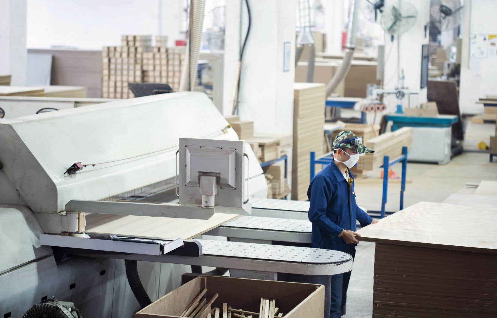 Avec presque 118000 postes vacants, soit l'équivalent de 4,1% de tous les emplois dans ces entreprises, le problème au Québec a atteint un nouveau sommet au 3etrimestre.