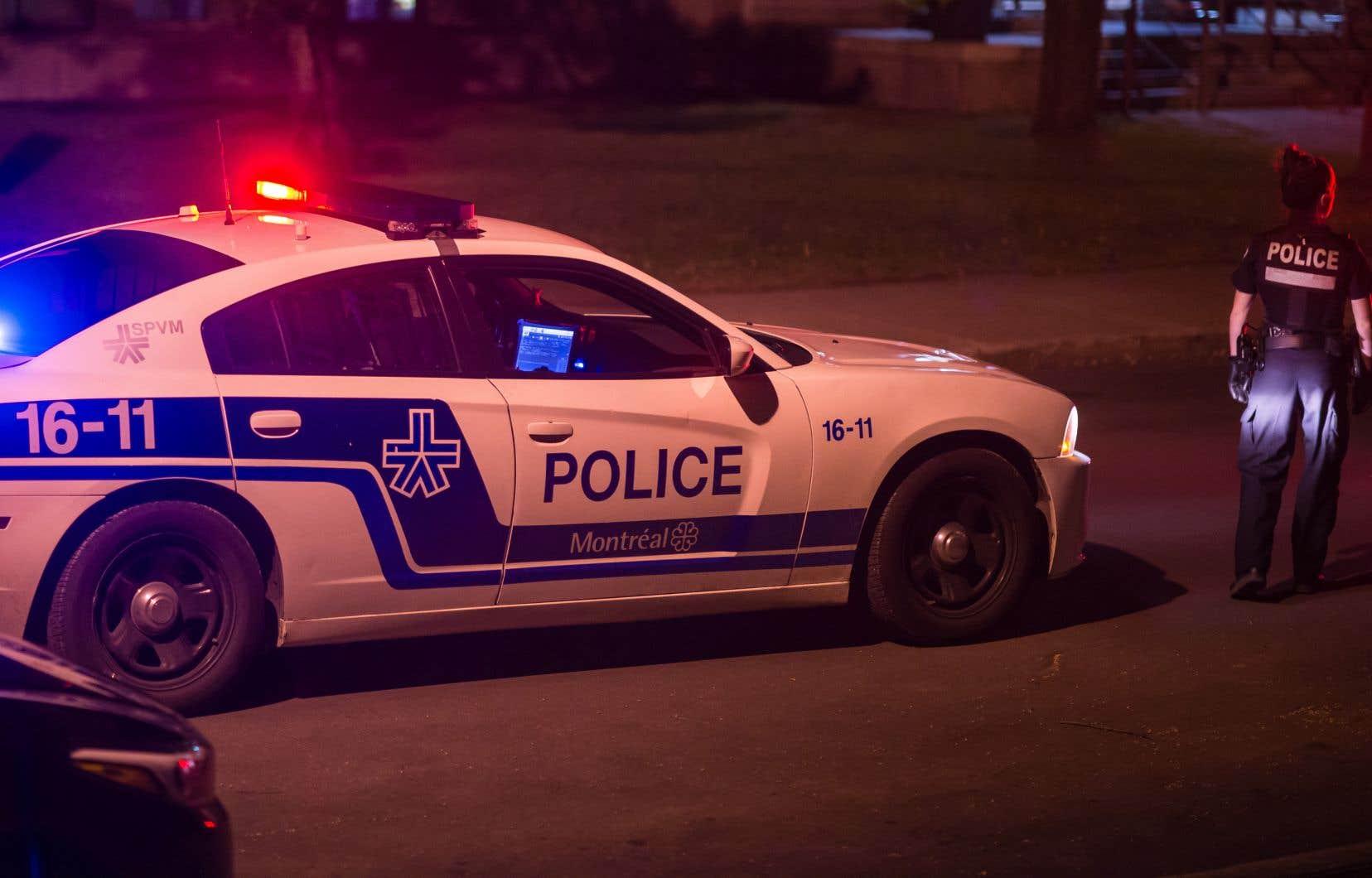 Les chercheurs recommandent la création d'un office de surveillance indépendant de la police pour Saint-Michel.
