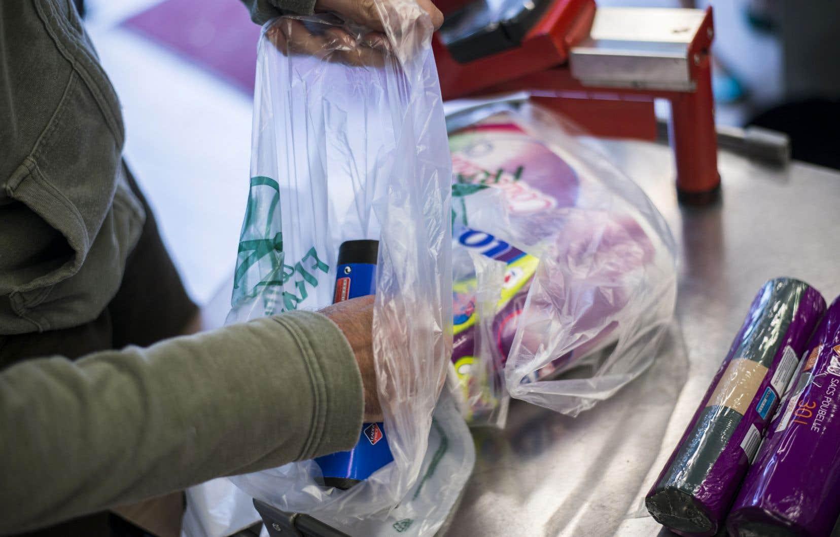 L'Autriche se joint à la France et à l'Italie en interdisant les sacs de plastique qui ne sont pas biodégradables.
