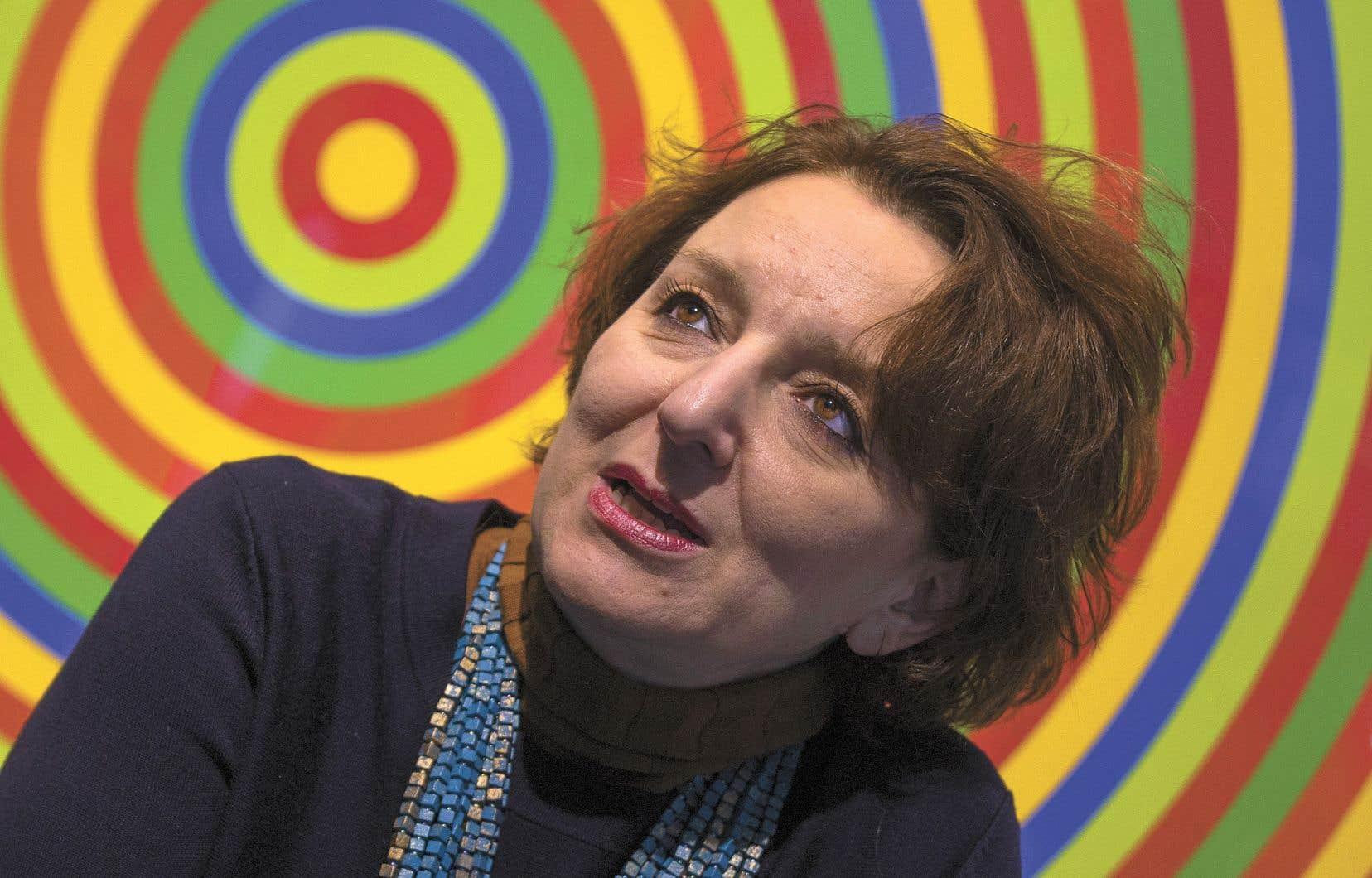 La sociologue Eva Illouz, co-auteure d'«Happycratie», estime que nous sommes subjugués par la pensée positive et ses accointances avec l'idéologie néolibérale.